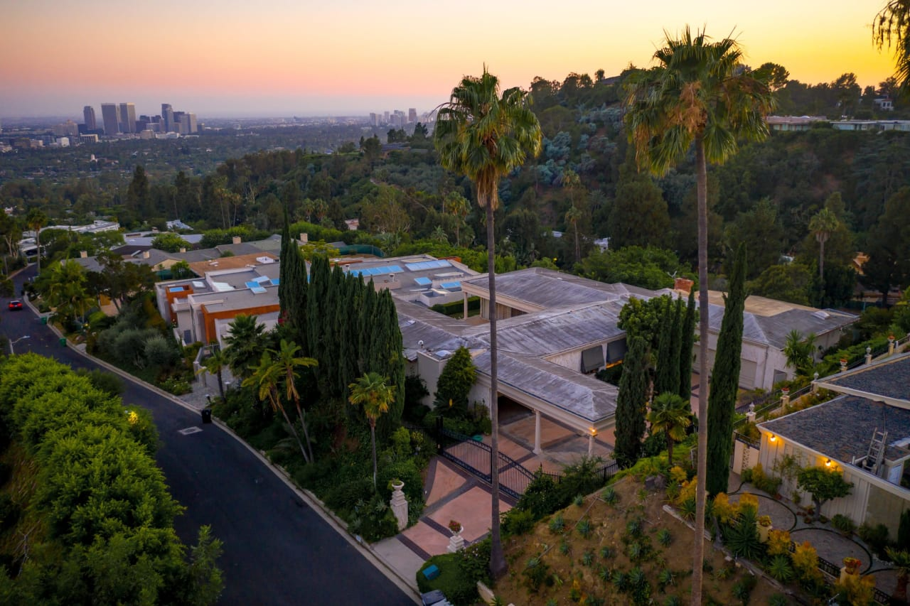 1039 Wallace Ridge, Trousdale Estates | Beverly Hills Real Estate