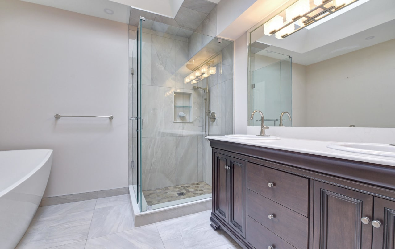 SOLD: Updated Bedford Park Residence