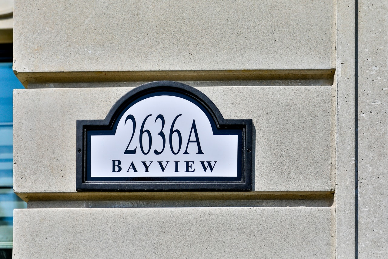 Exclusive Baytree Town Manor