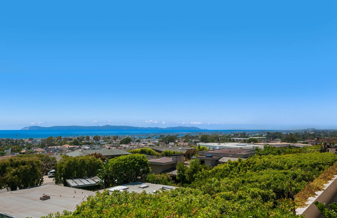 2729 Harbor View Dr