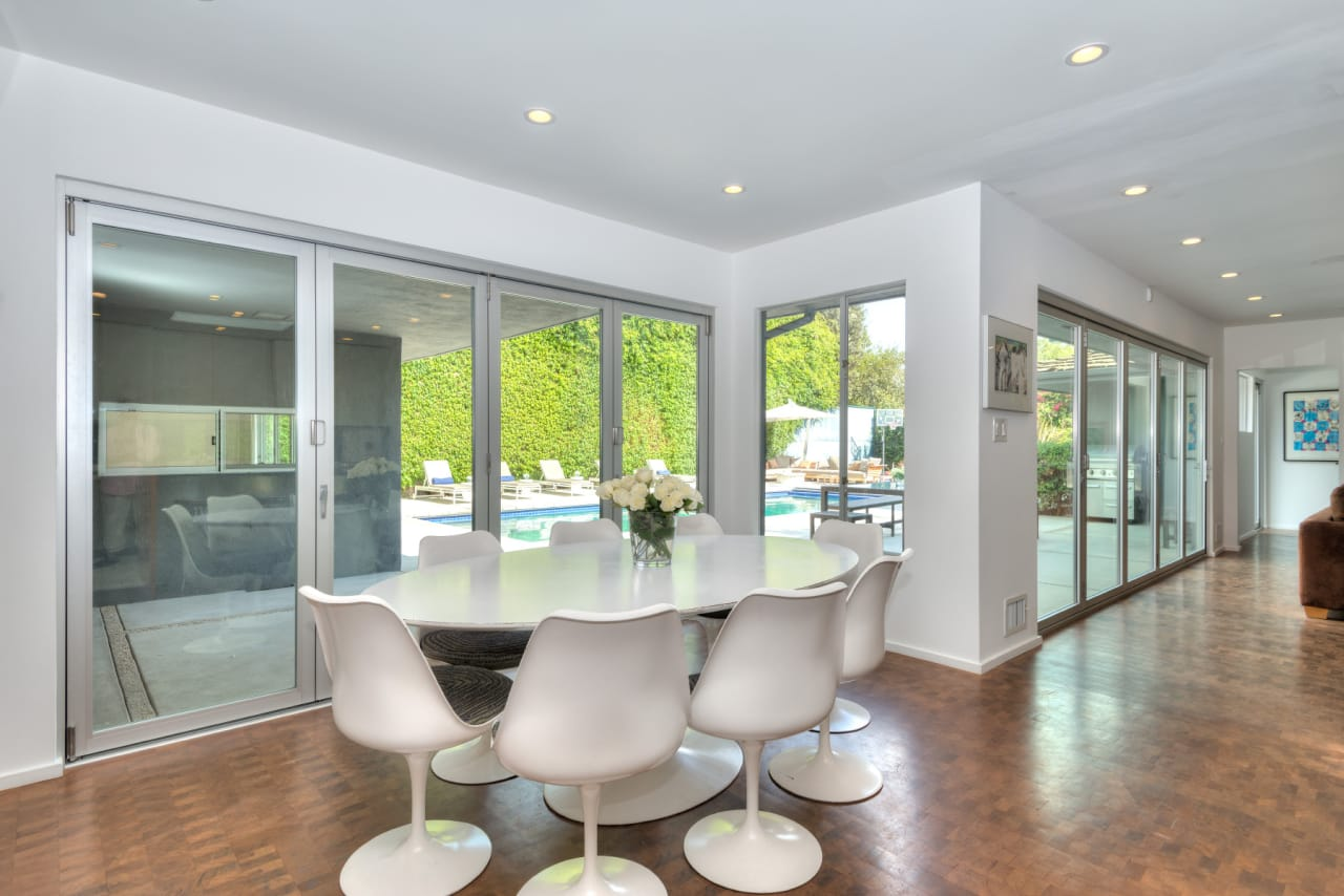 Beverly Hills Flats Contemporary