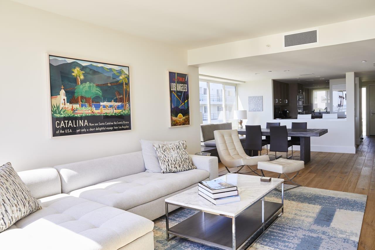 Exquisite Penthouse in Santa Monica