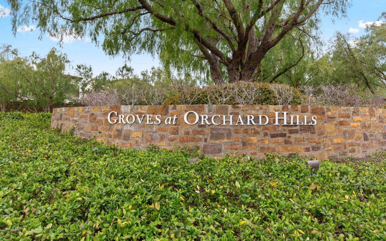 Orchard Hills