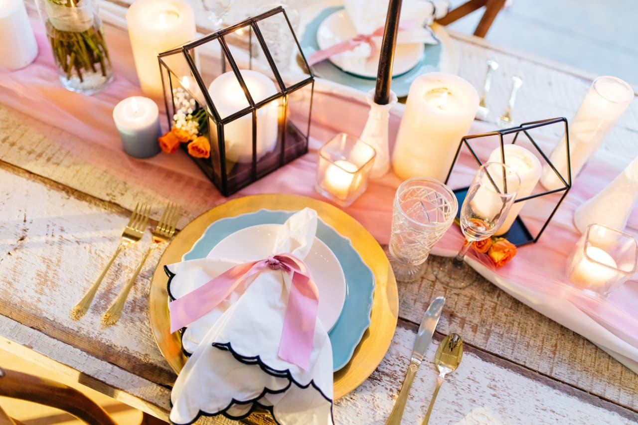 Creating the Perfect Tablescape for Your End-of-Summer Soirée