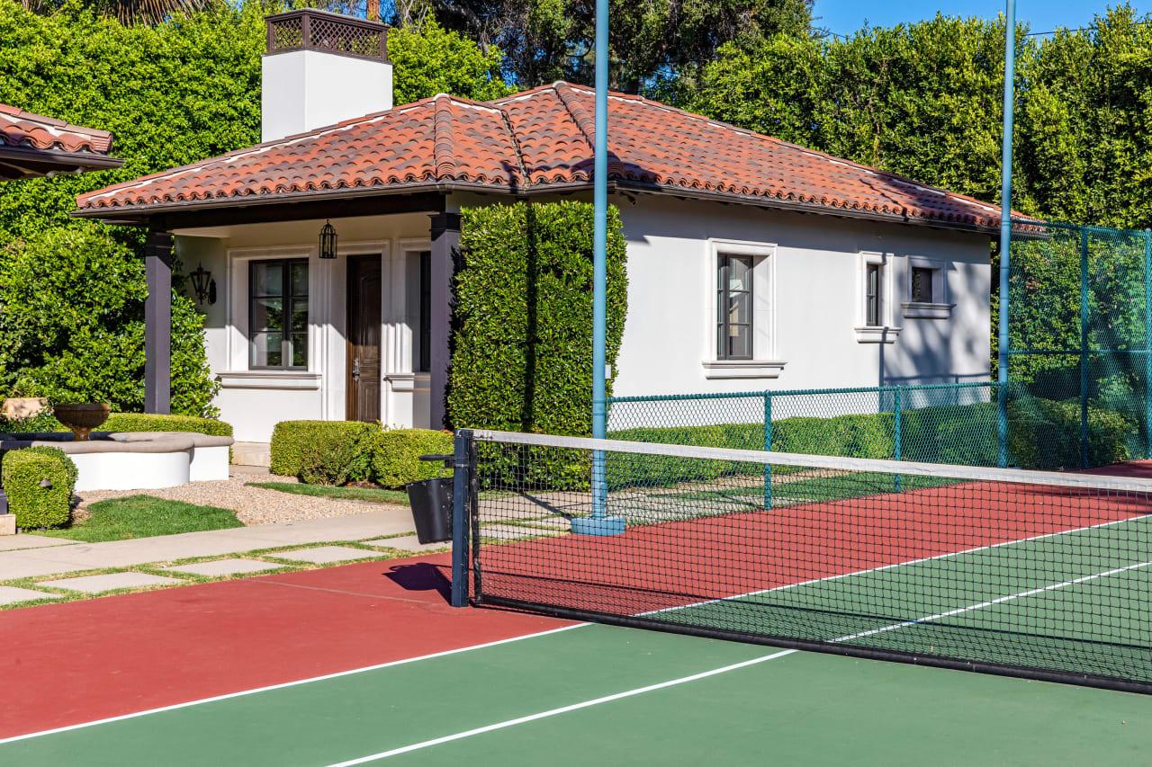 Authentic Brentwood Park Estate