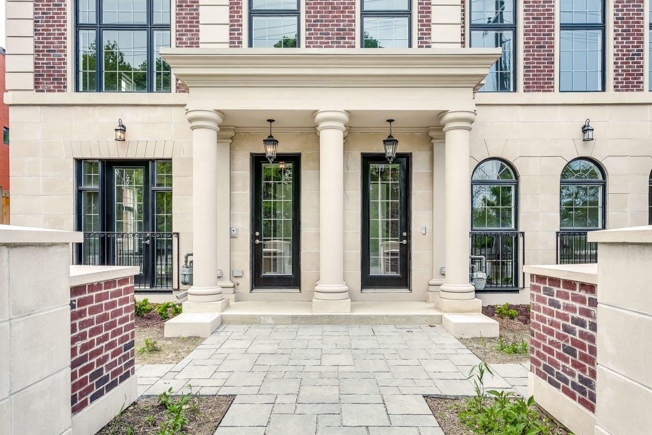 New Luxurious Bayview Ridge Gate Custom Townhome