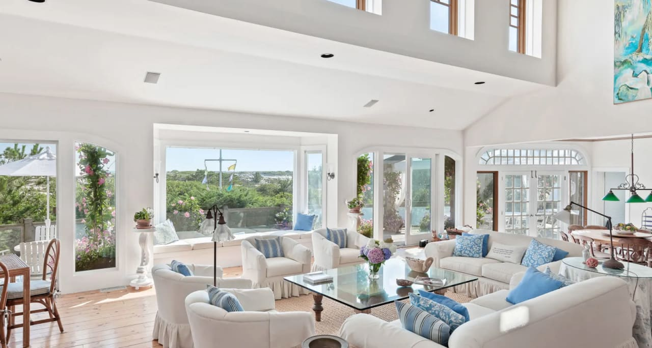 5 Reasons to Work With a Stager When Selling Your Hamptons Home