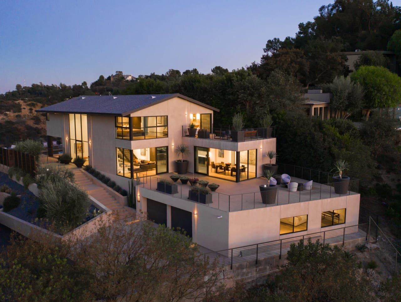 3337 Beverly Ranch Road