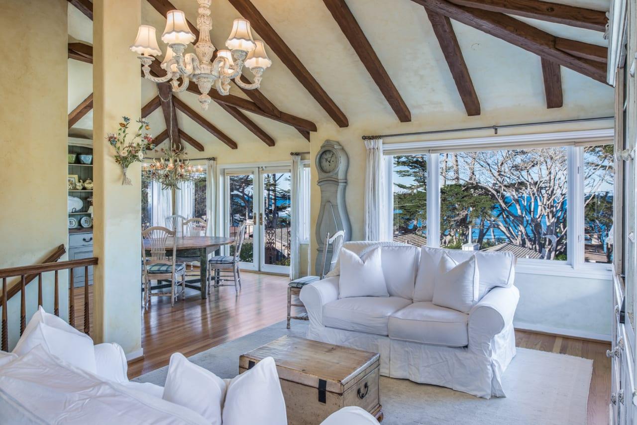 Carmelo Cottage