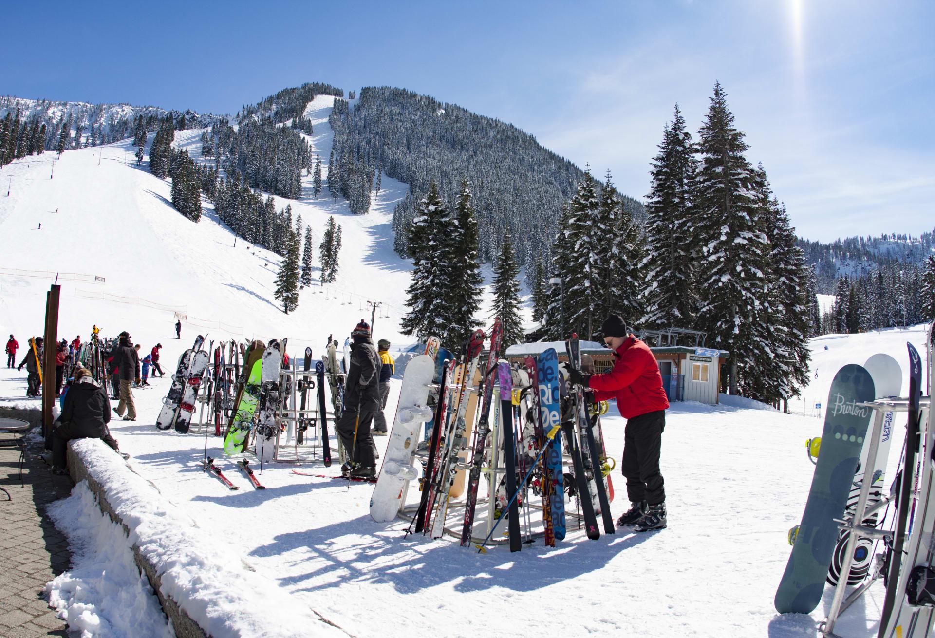 Local Ski Resorts for the Ultimate Spring Skiing Fun