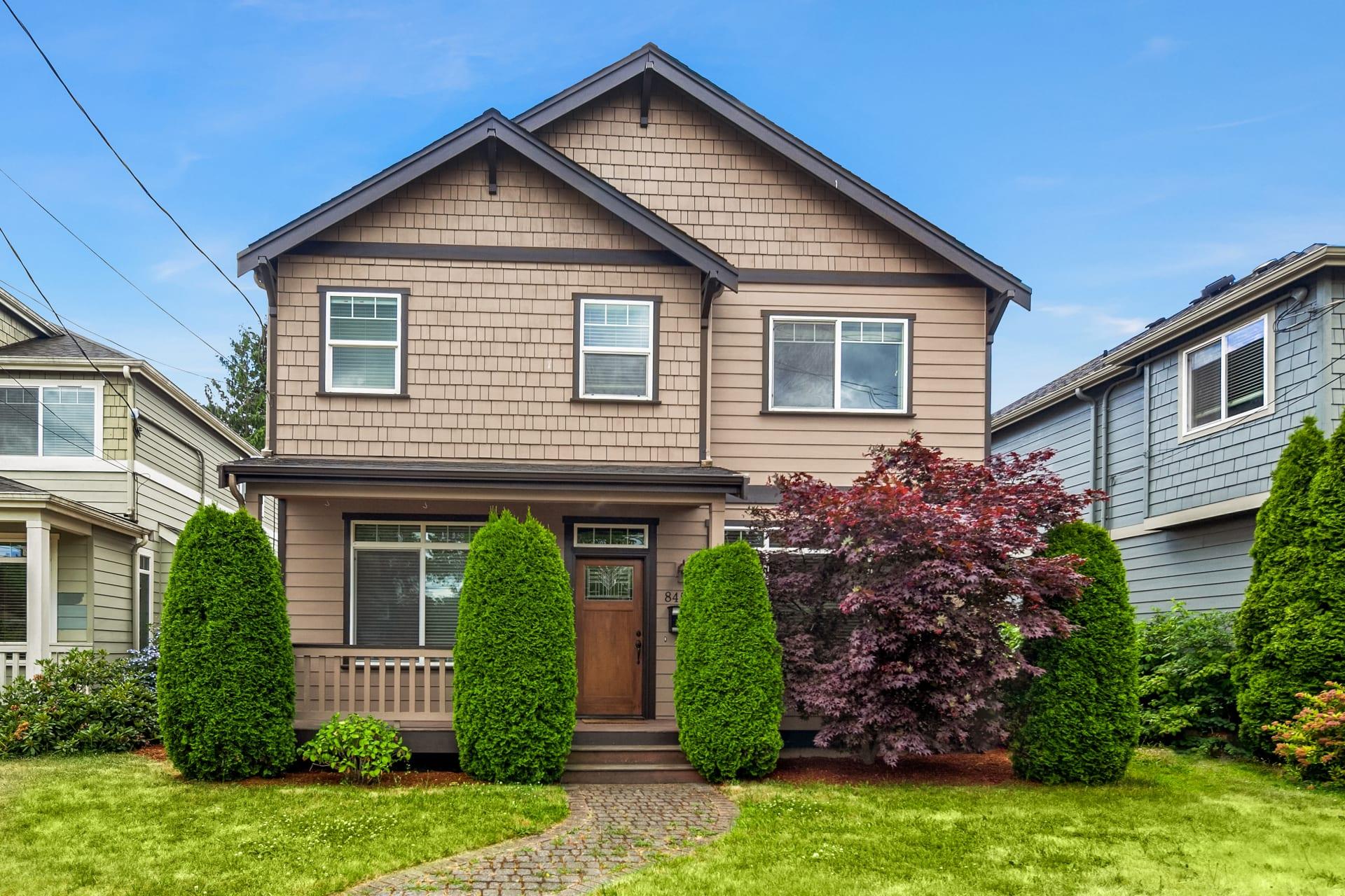 8459 Seward Park Ave S, Seattle 98118 photo