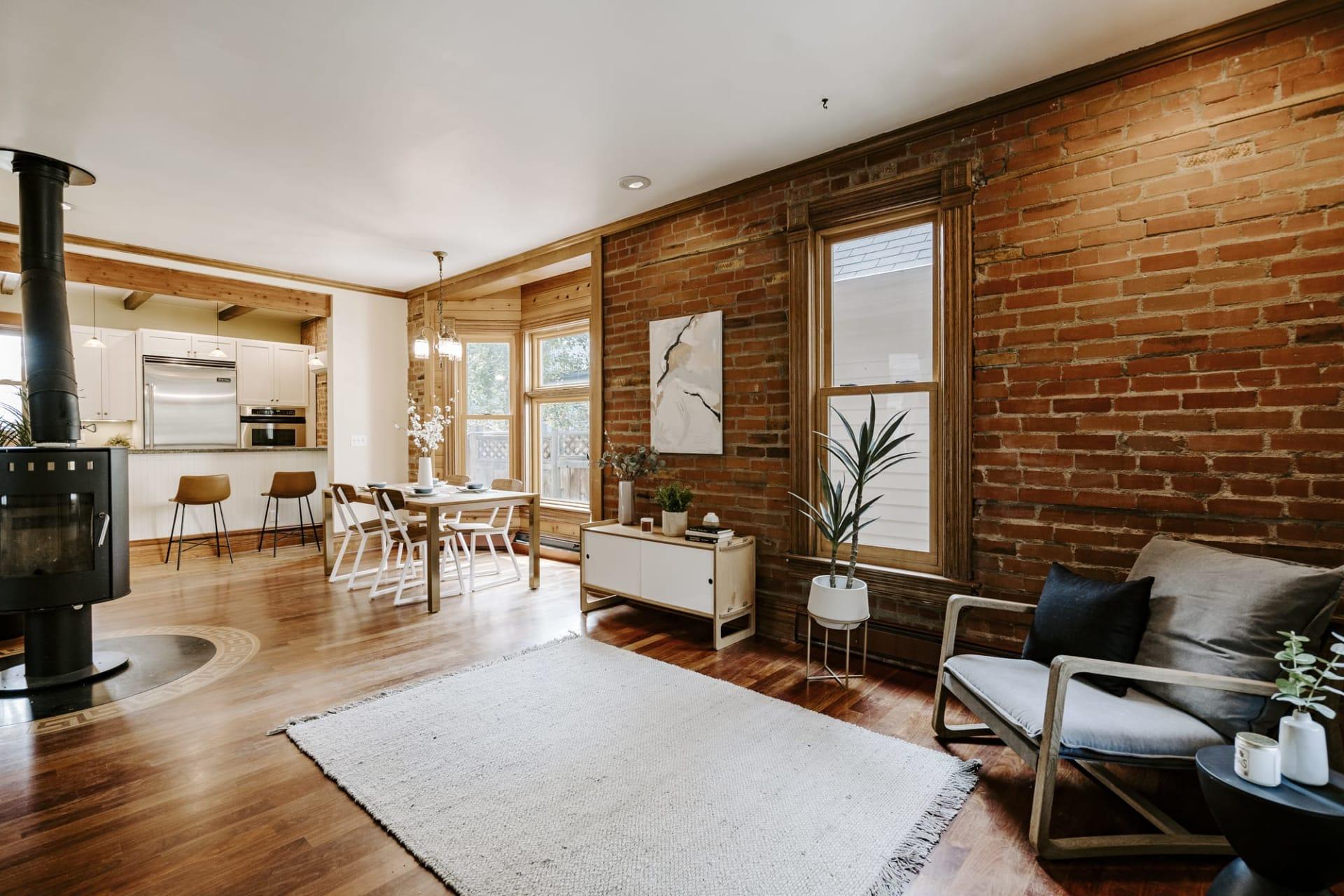 1718 Mapleton Avenue photo