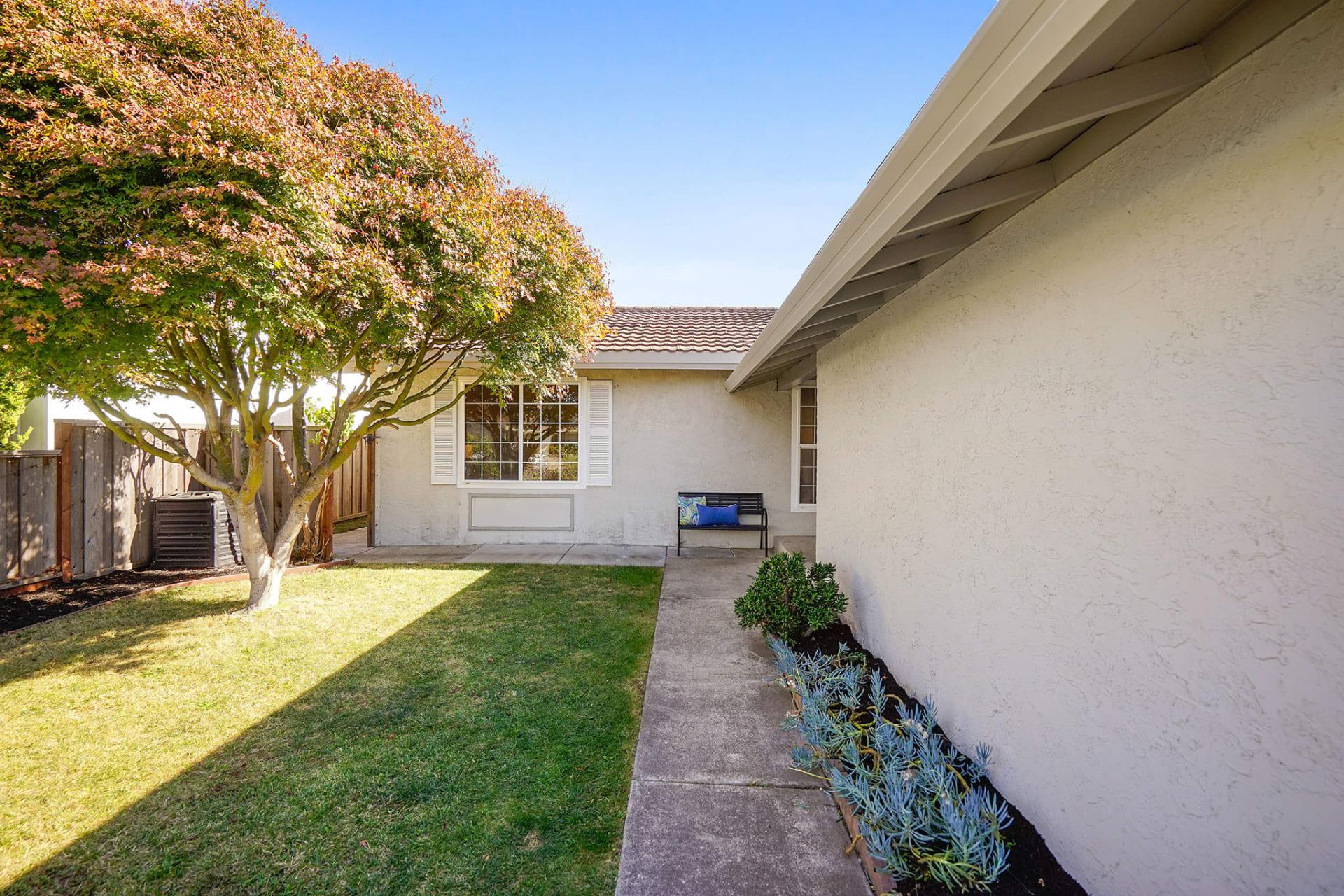 1068 Gardenia Terrace photo