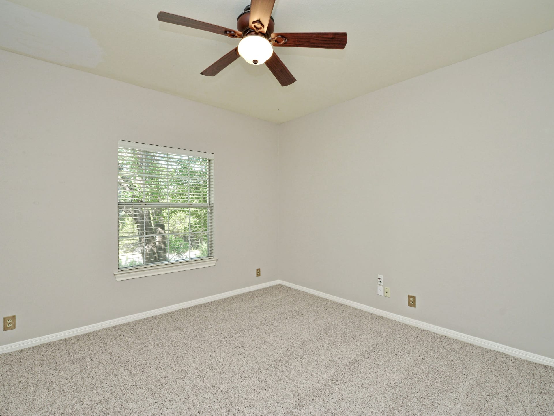 110 Squires Drive  photo