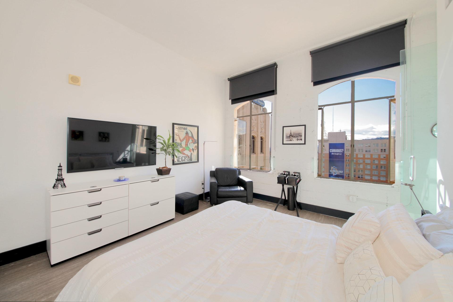 6253 Hollywood Boulevard, Unit 1105 photo