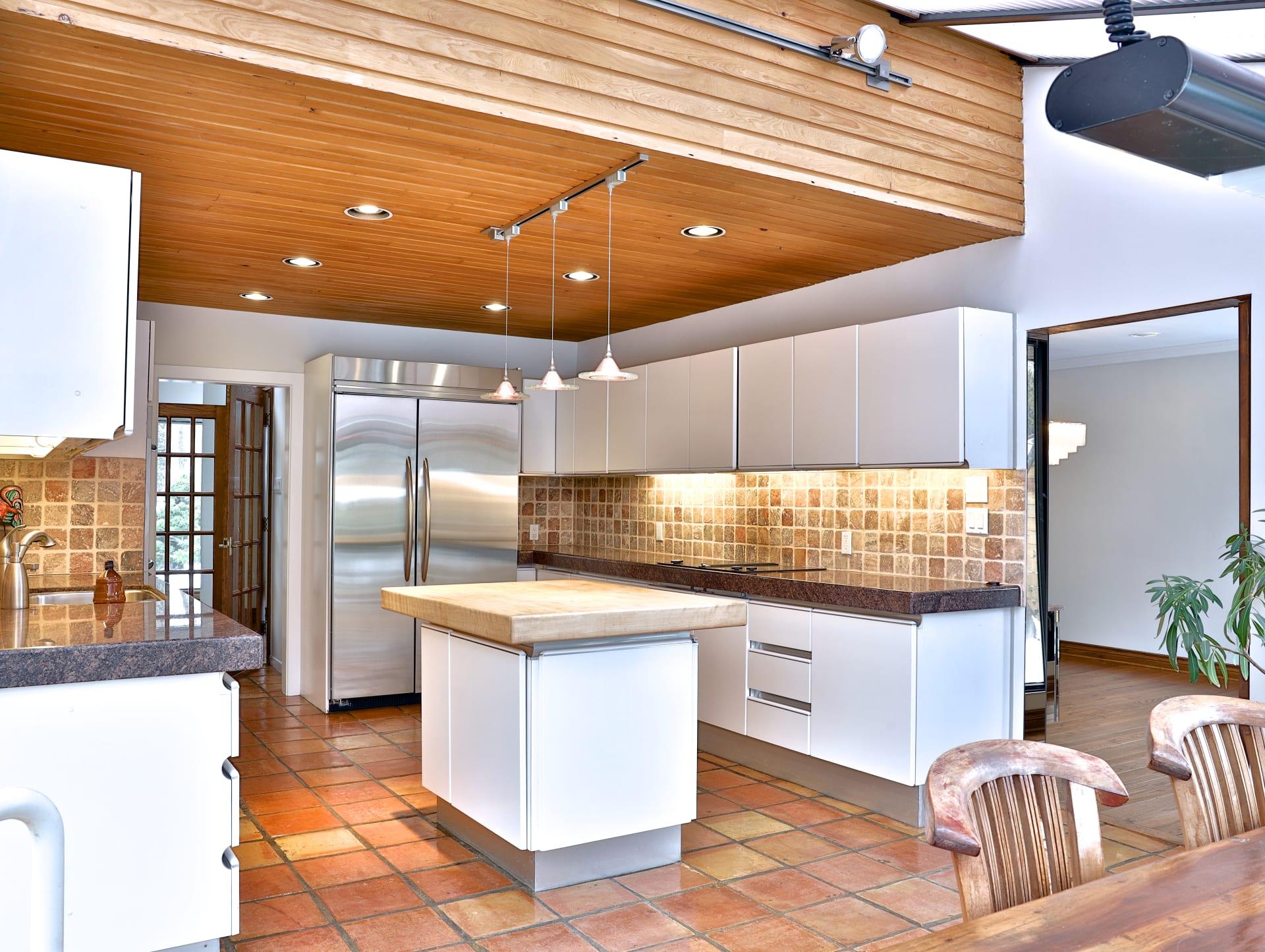 Home For Lease In Prestigious St. Andrews