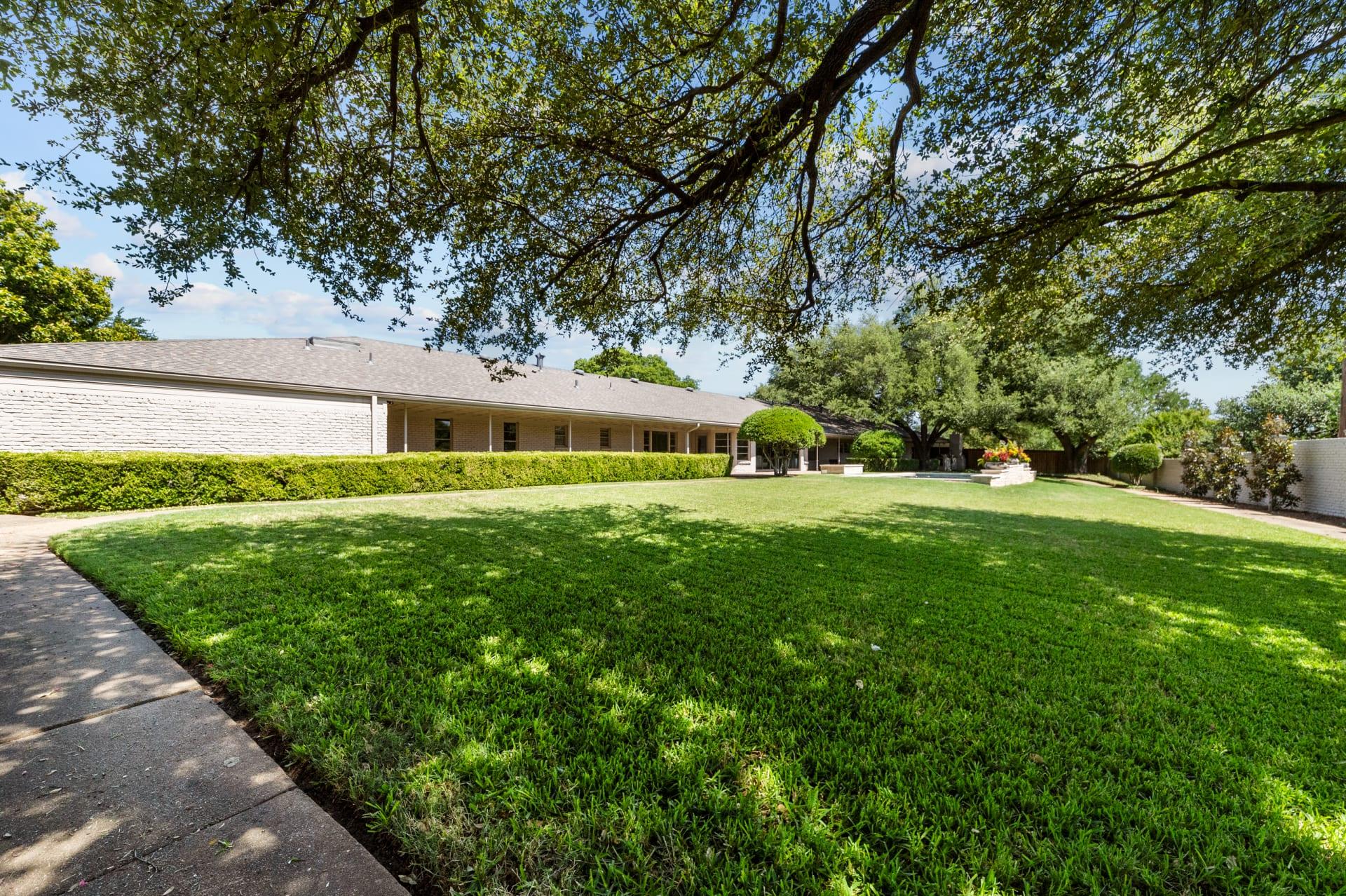 3451 Park Hollow St photo