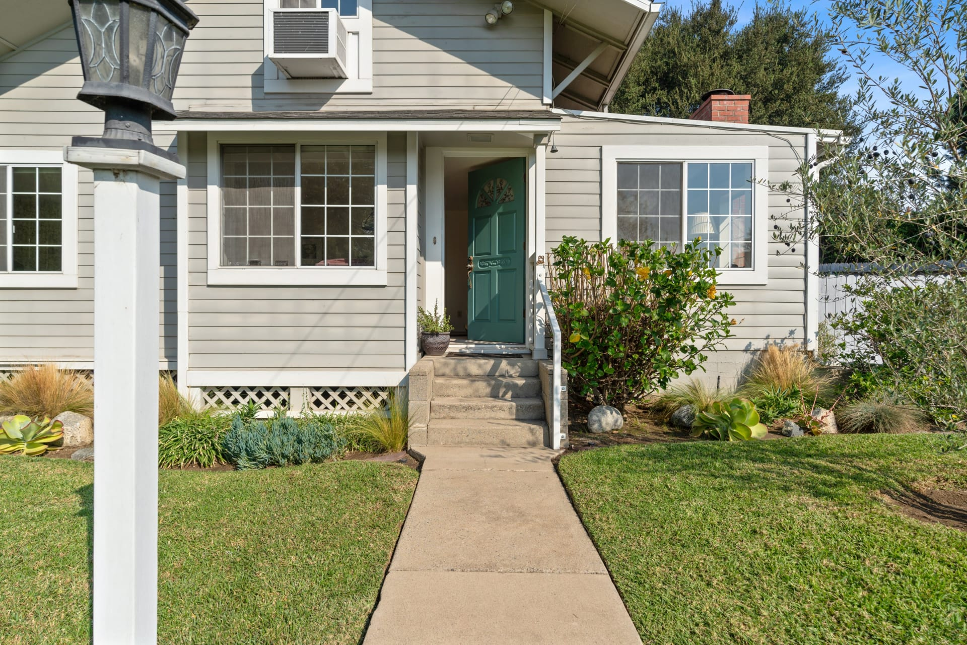 657 Ramona Ave photo