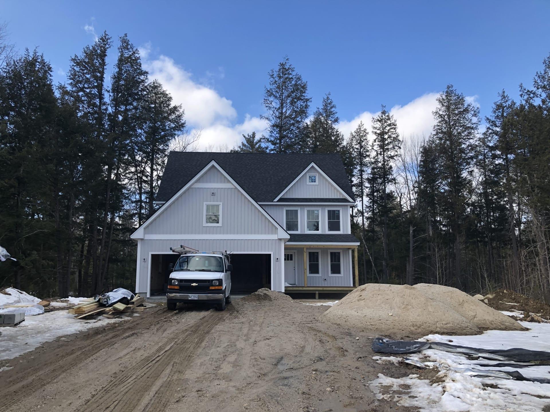 New Home by Pinnacle Home Builders!