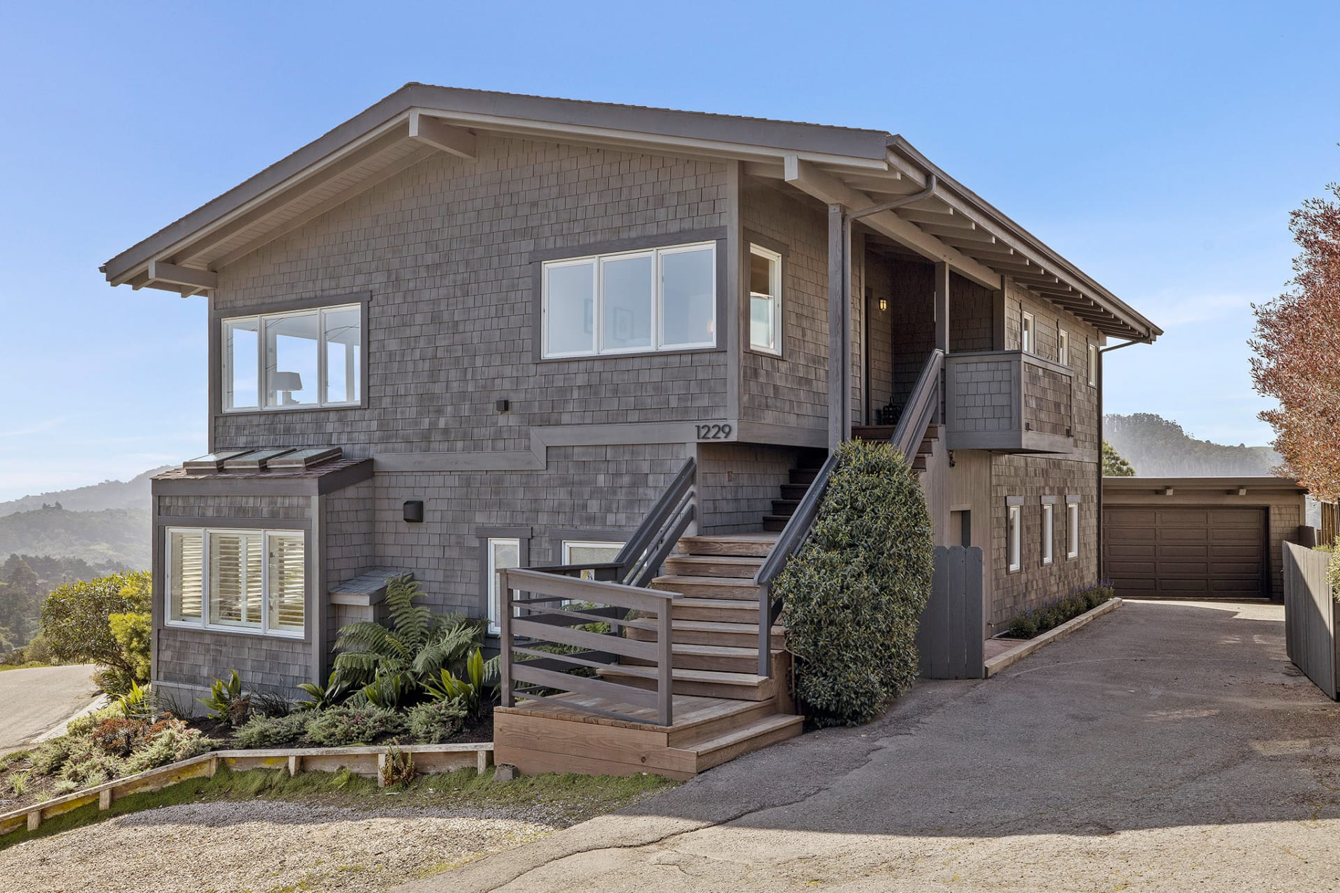 1229 Waterview Drive photo