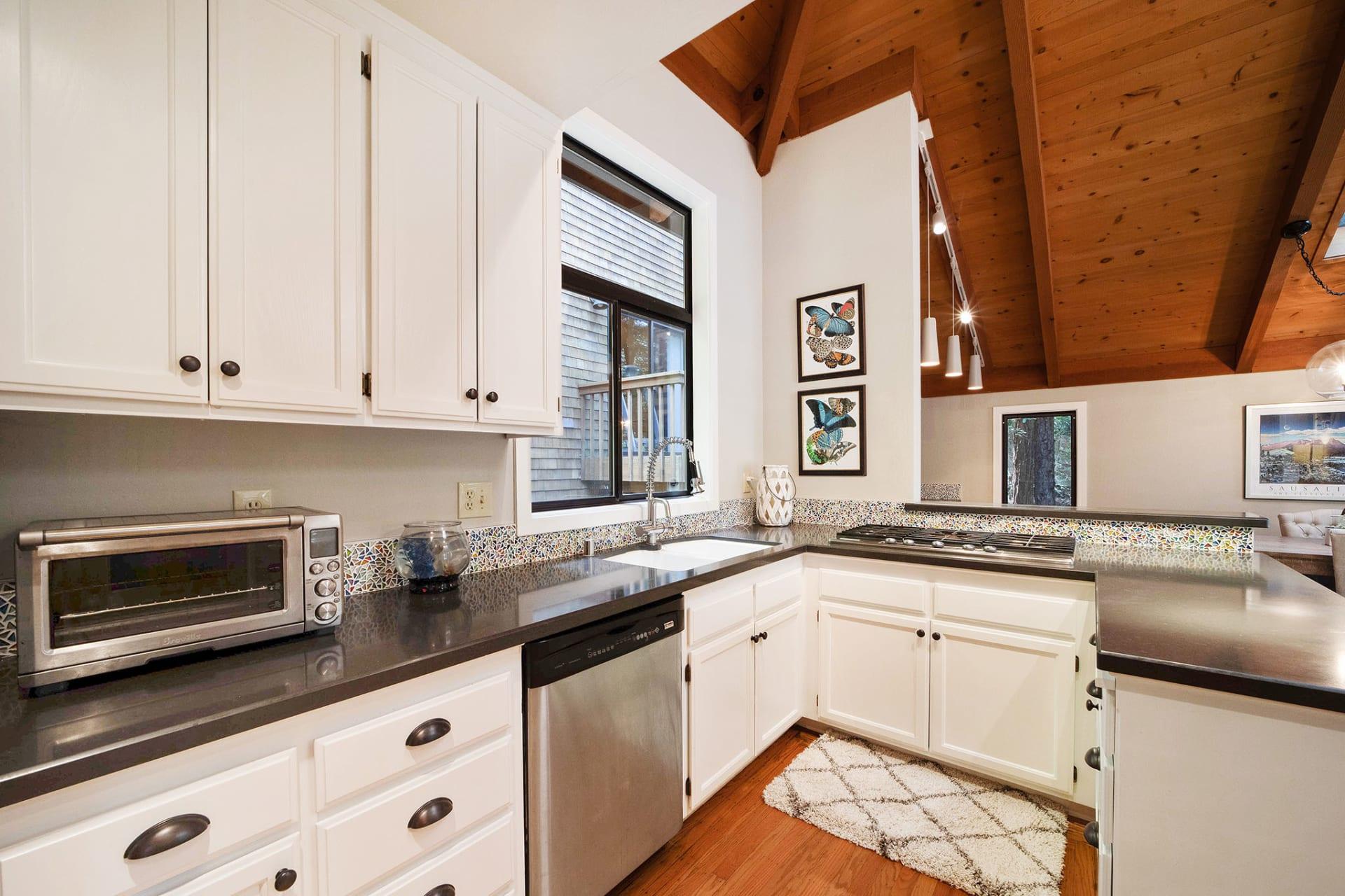 420 Monte Vista Avenue photo