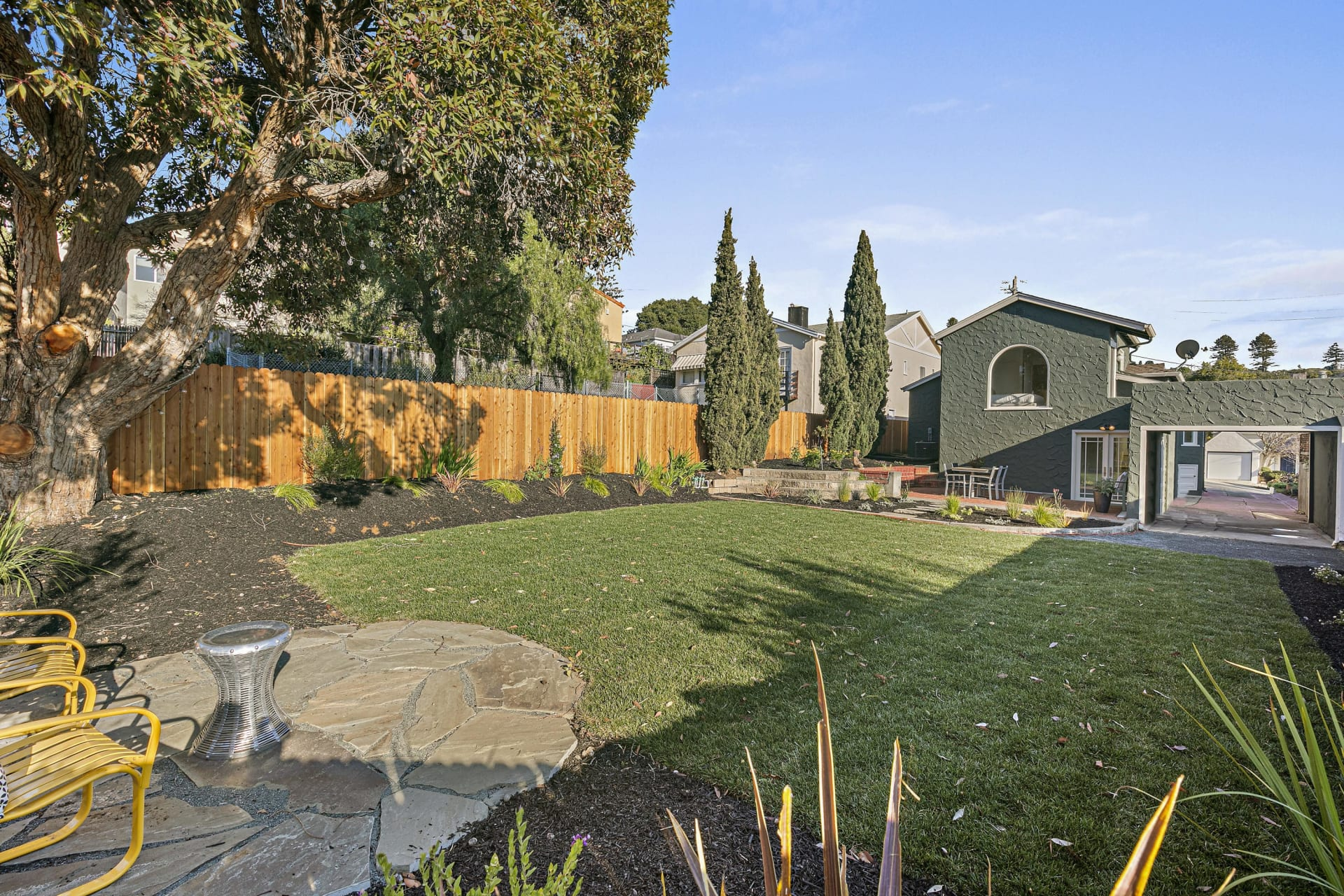 Sweet Mediterranean, Enormous Lot, Two doors from Colusa Circle photo