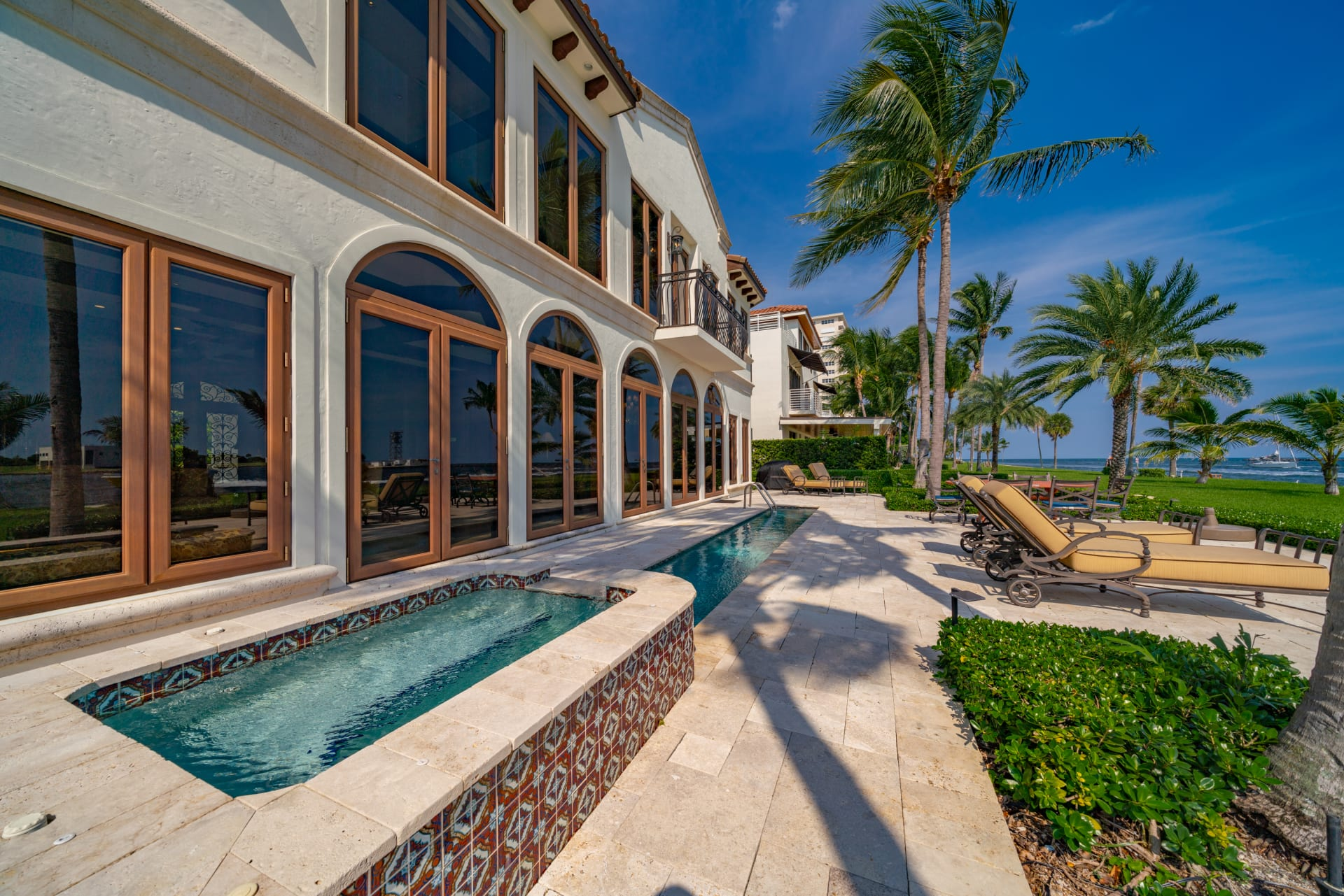 2600 Inlet Dr