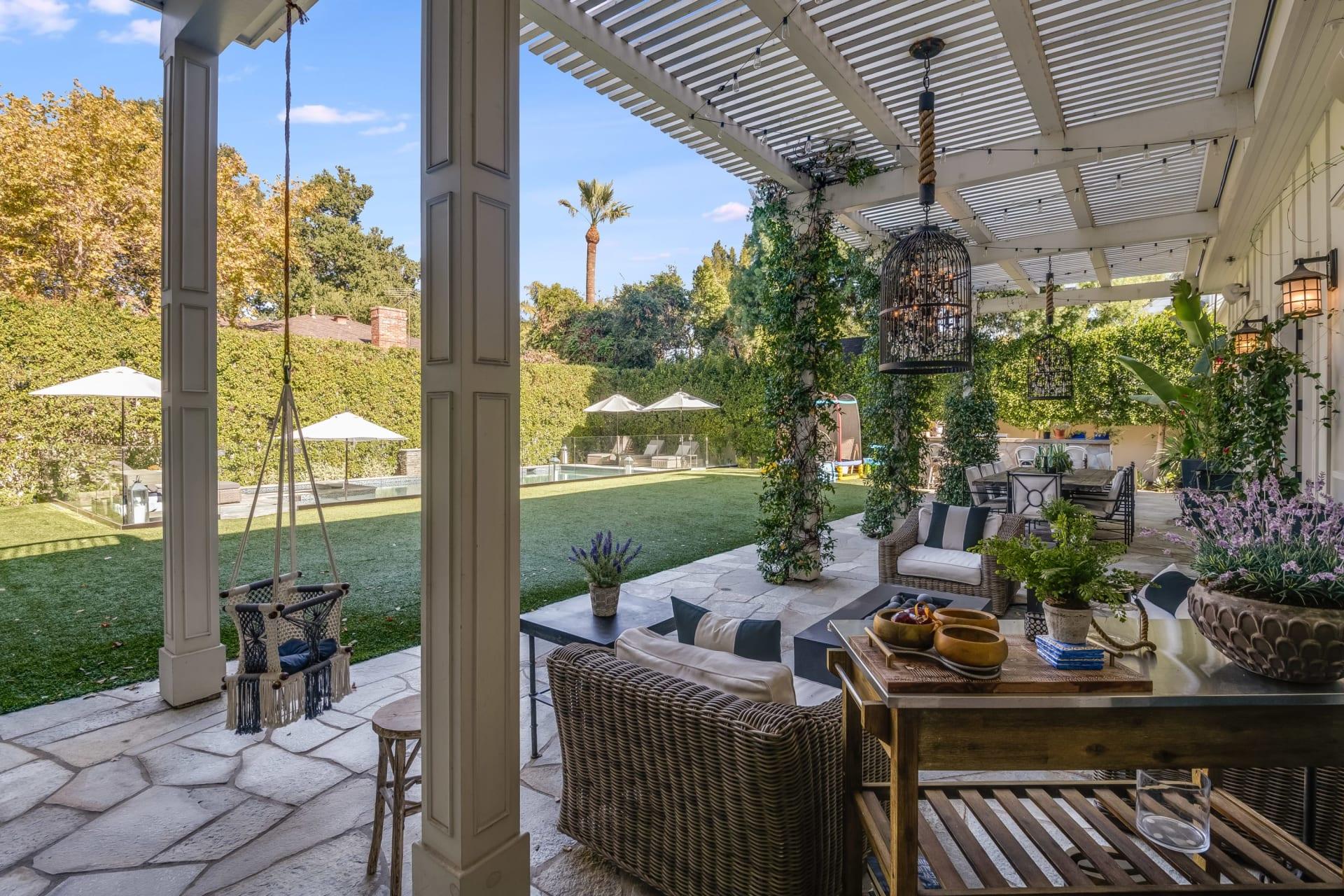 17455 Rancho St photo