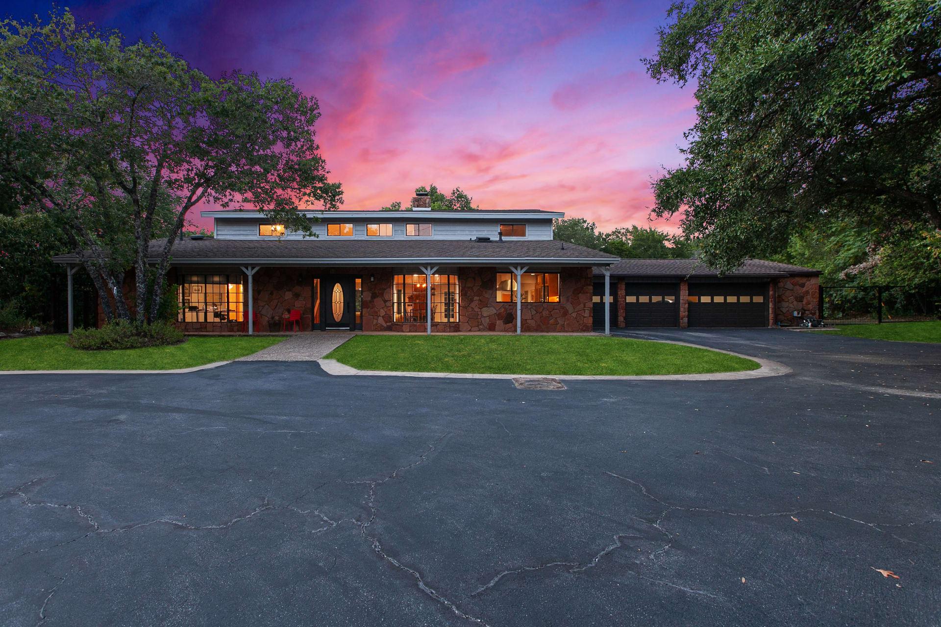 Westlake Luxury Estate With Stunning Hilltop Views photo