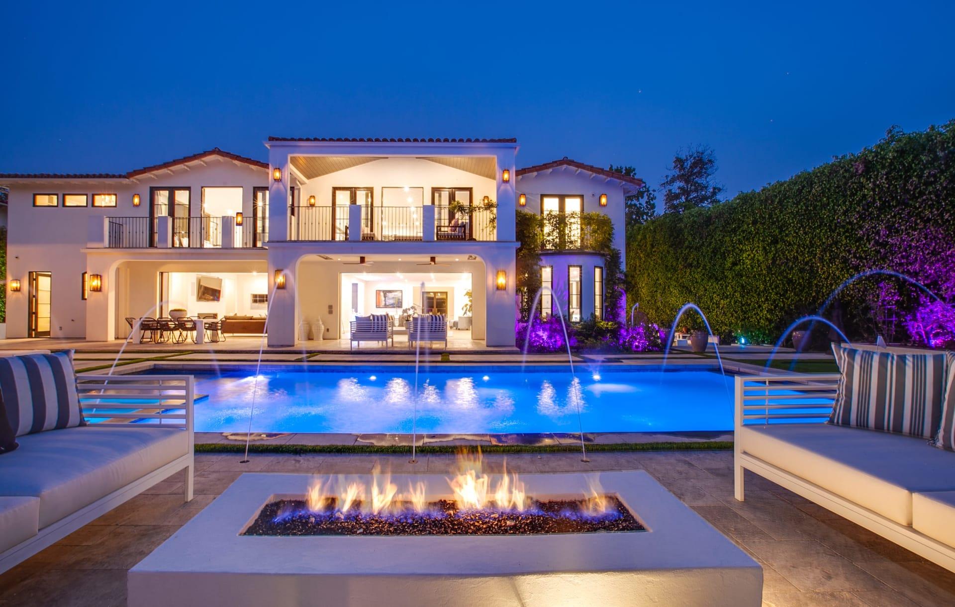 Wow Factor Sunset Boulevard Estate photo
