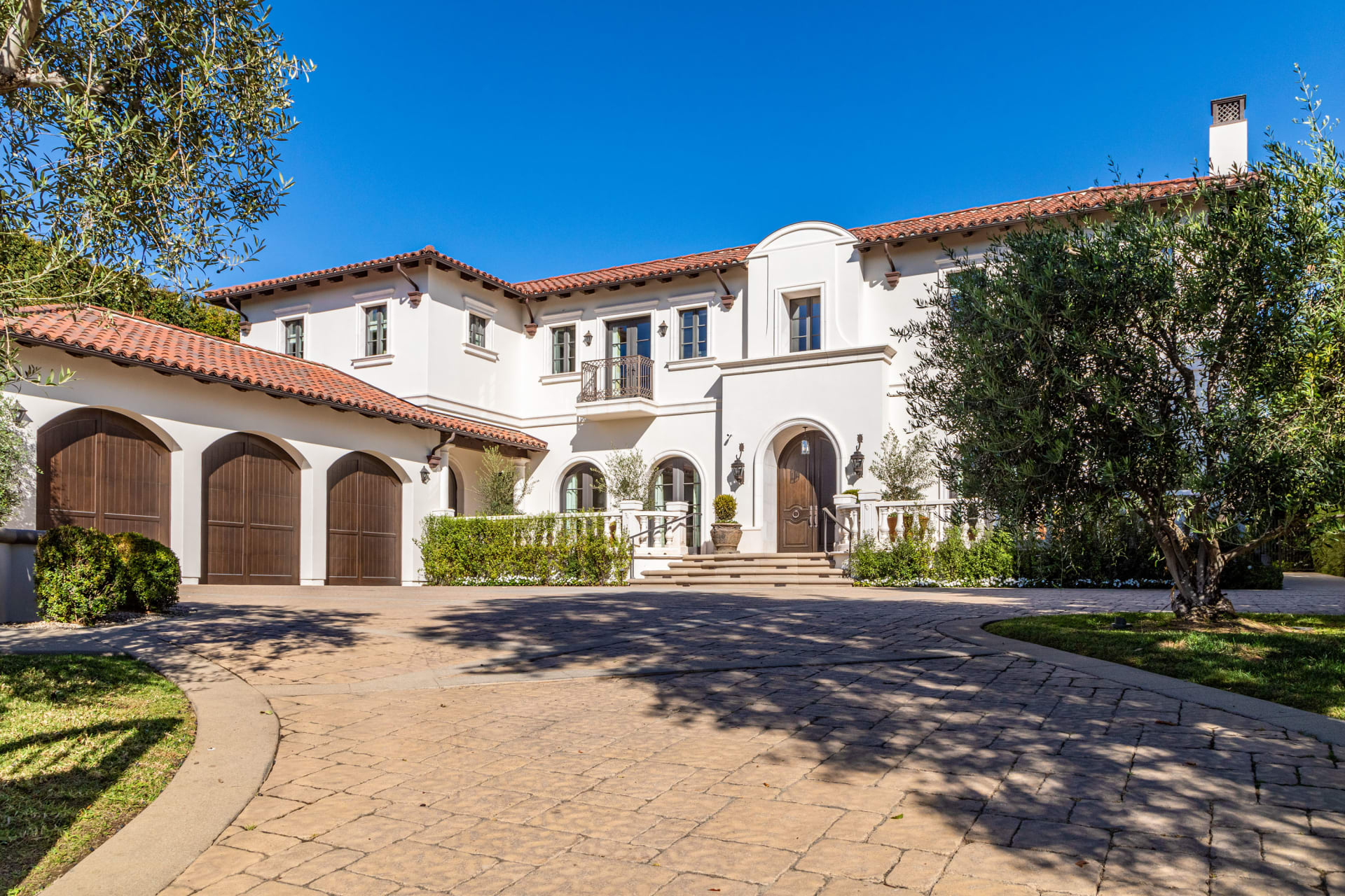 Authentic Brentwood Park Estate