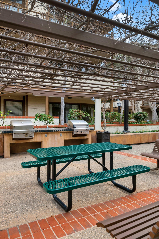 2563 Plaza Del Amo #211 photo