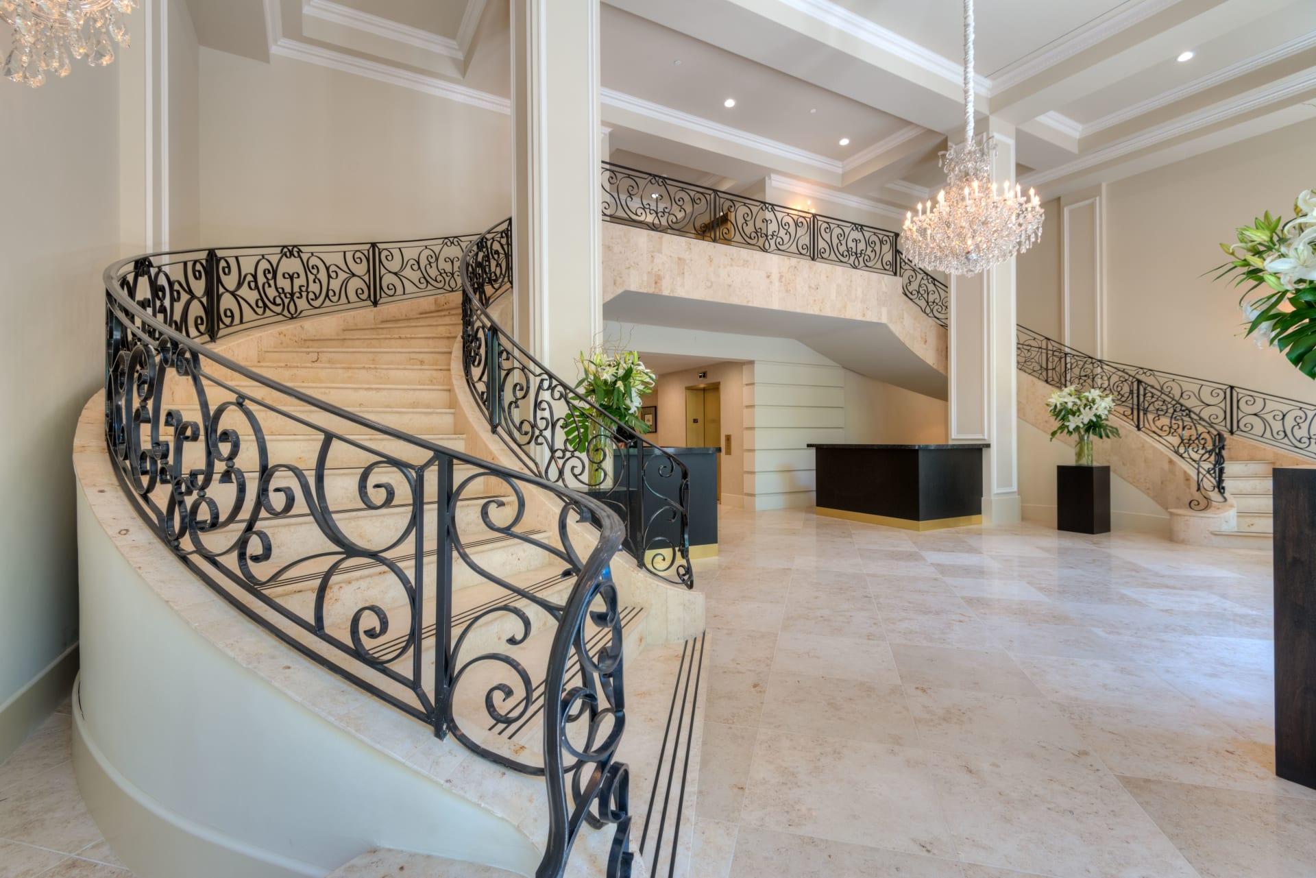 Stunning Beverly Hills Condominium