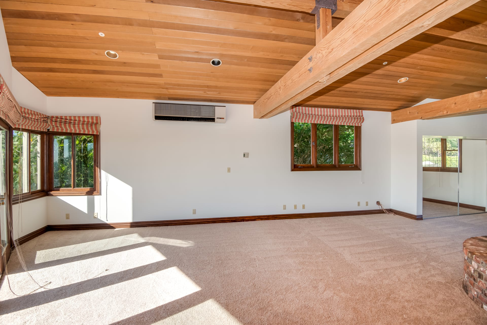 Private Retreat for Lease
