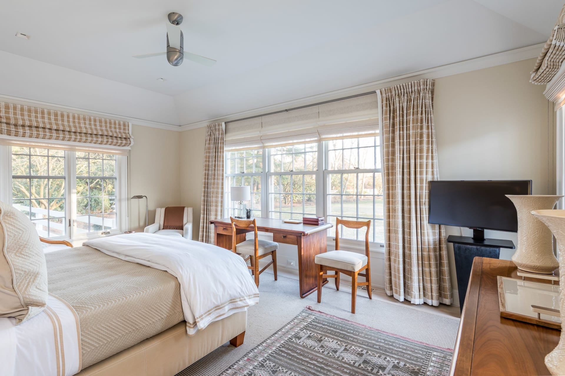 Beautifully Designed on Large Private Property Close to Village