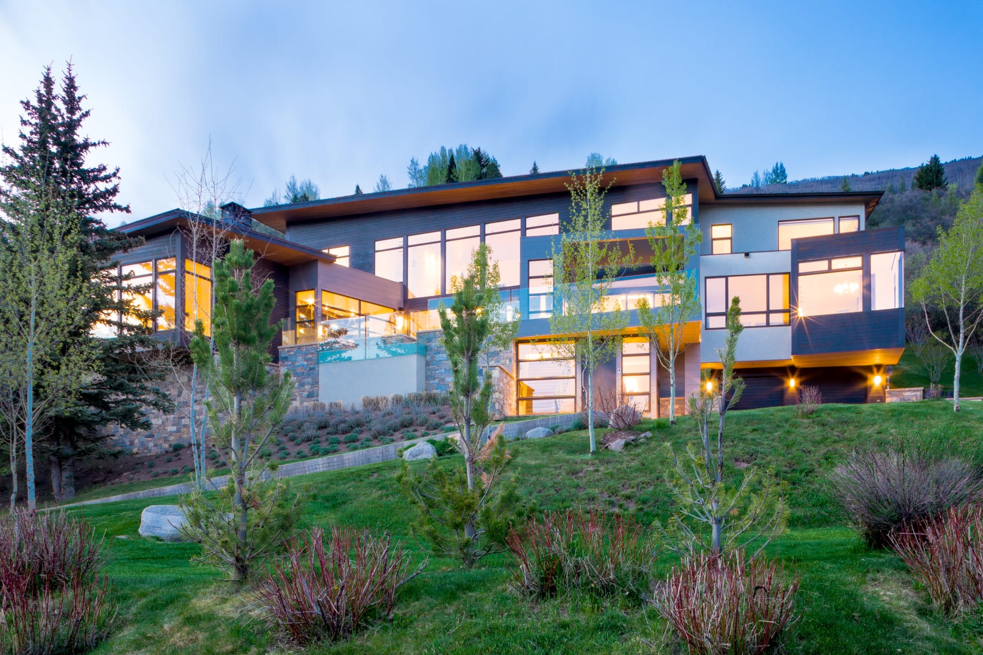 Elegant Contemporary Red Mountain Home