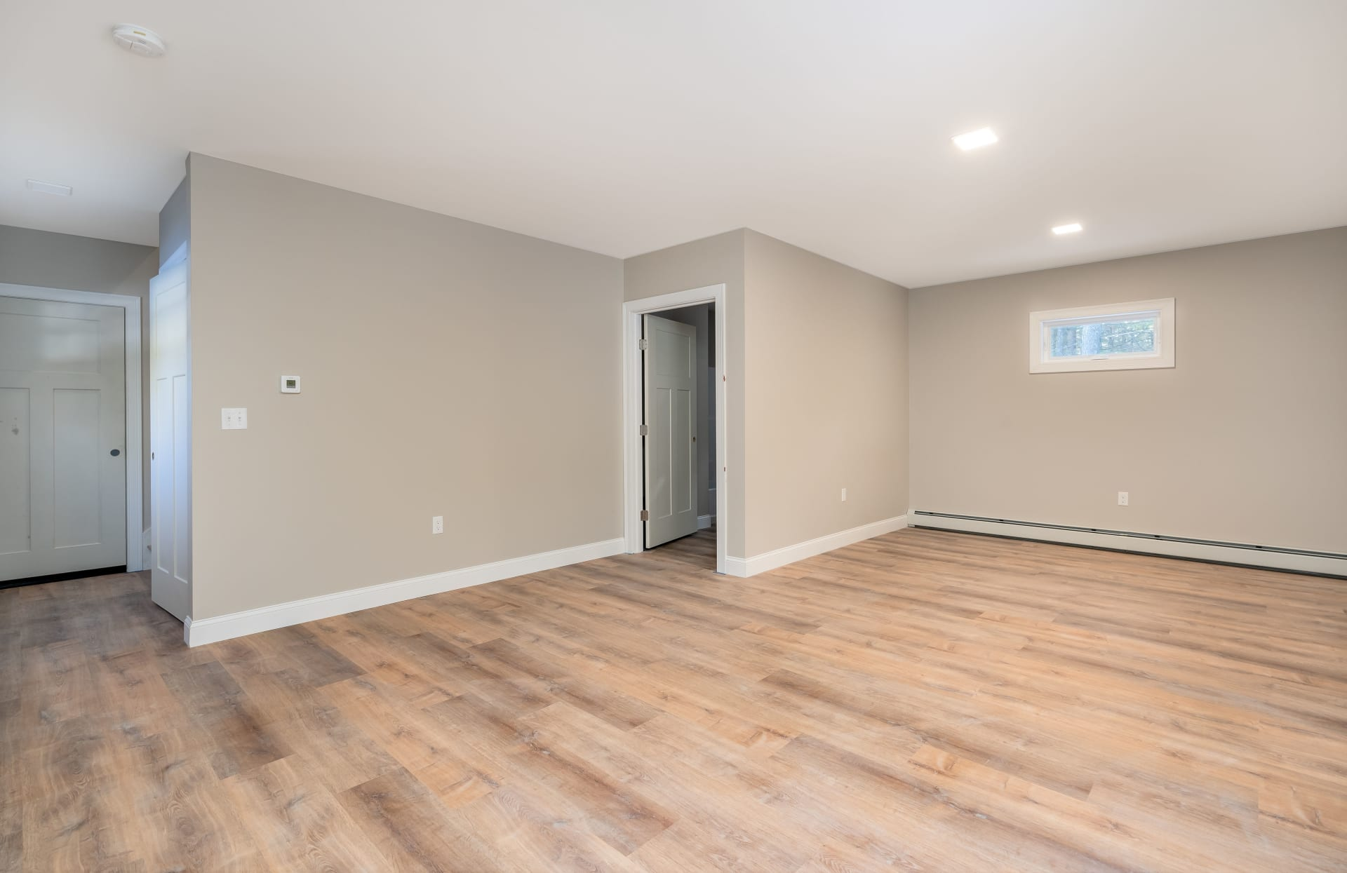 New Construction with ROW to Highland Lake!