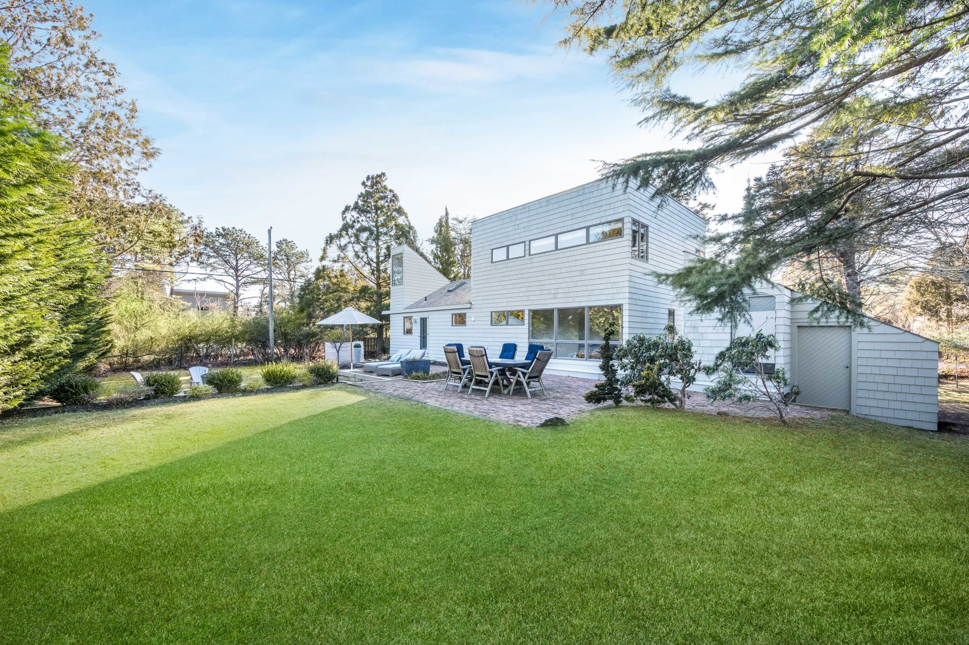 Newly Renovated Close to Ocean in Amagansett