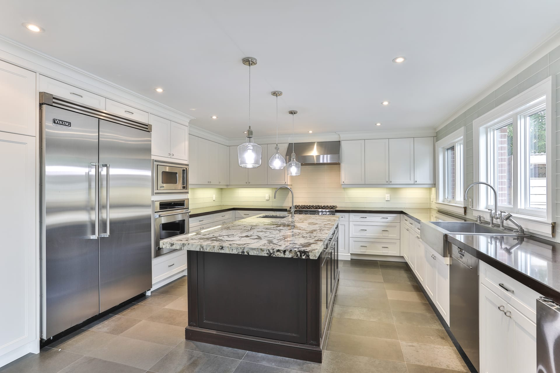 Renovated Family Home On Desirable Denlow Enclave Dawn Mckenna