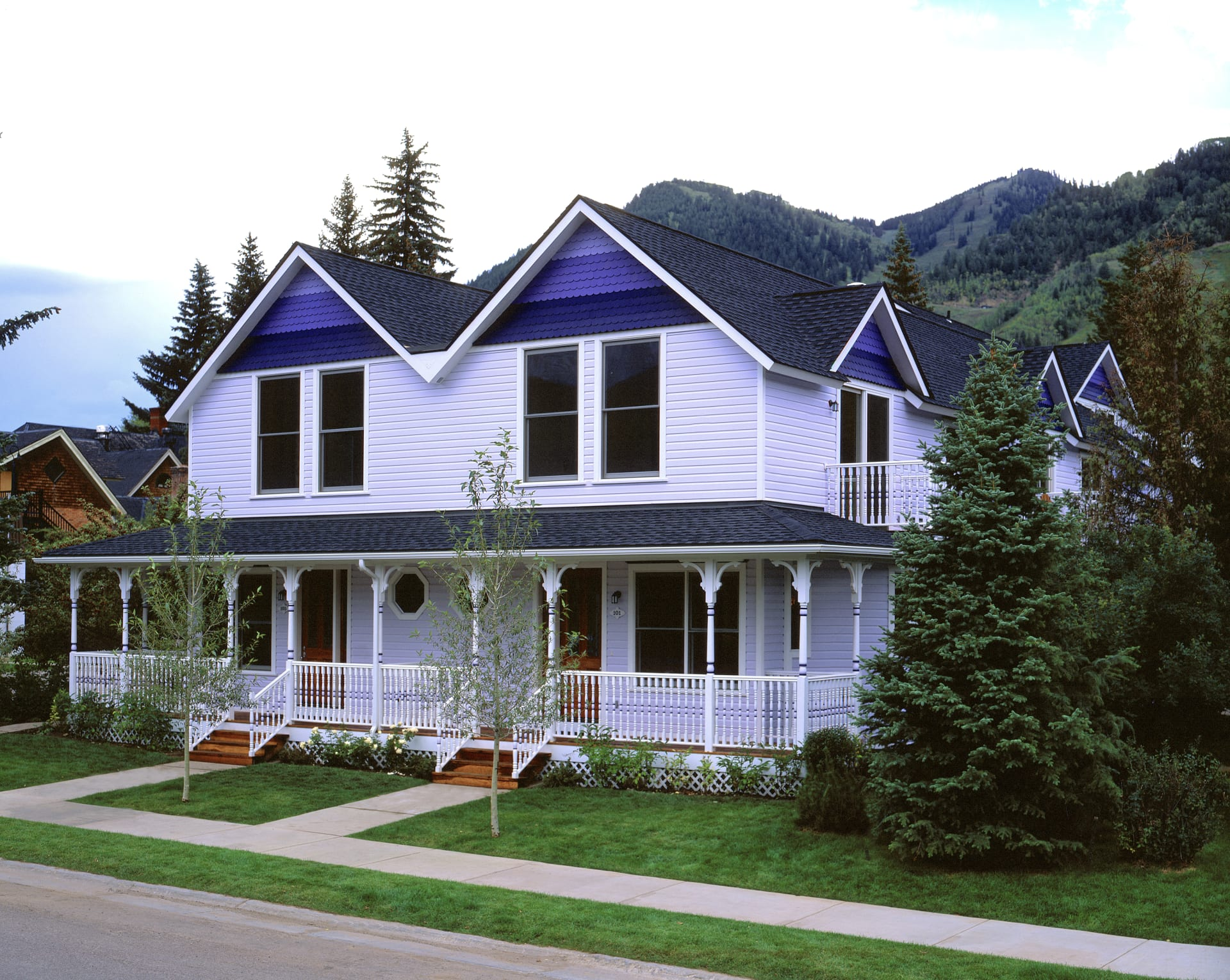 Charming Victorian Townhome