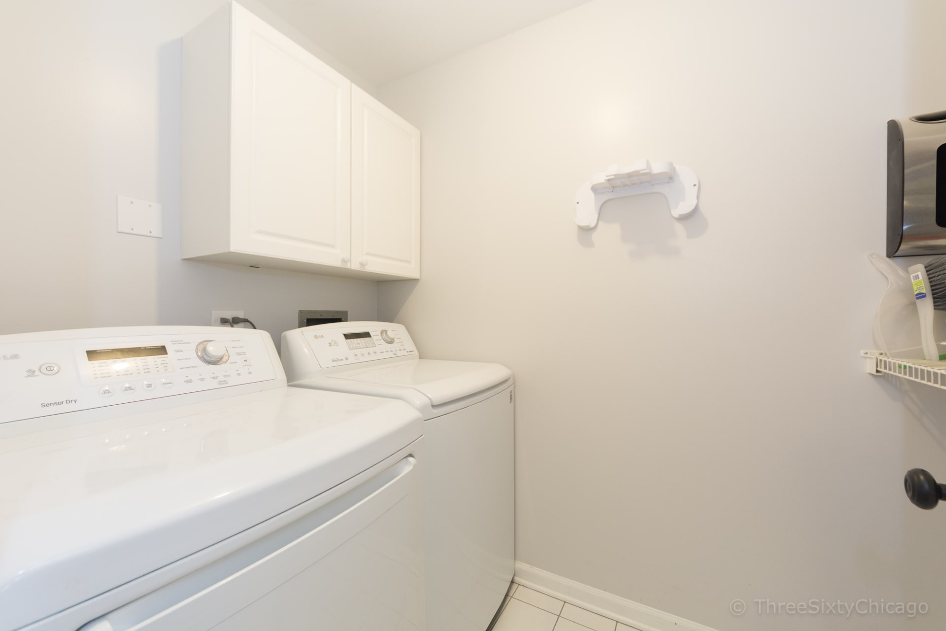 3924 N Southport Ave, #3N photo