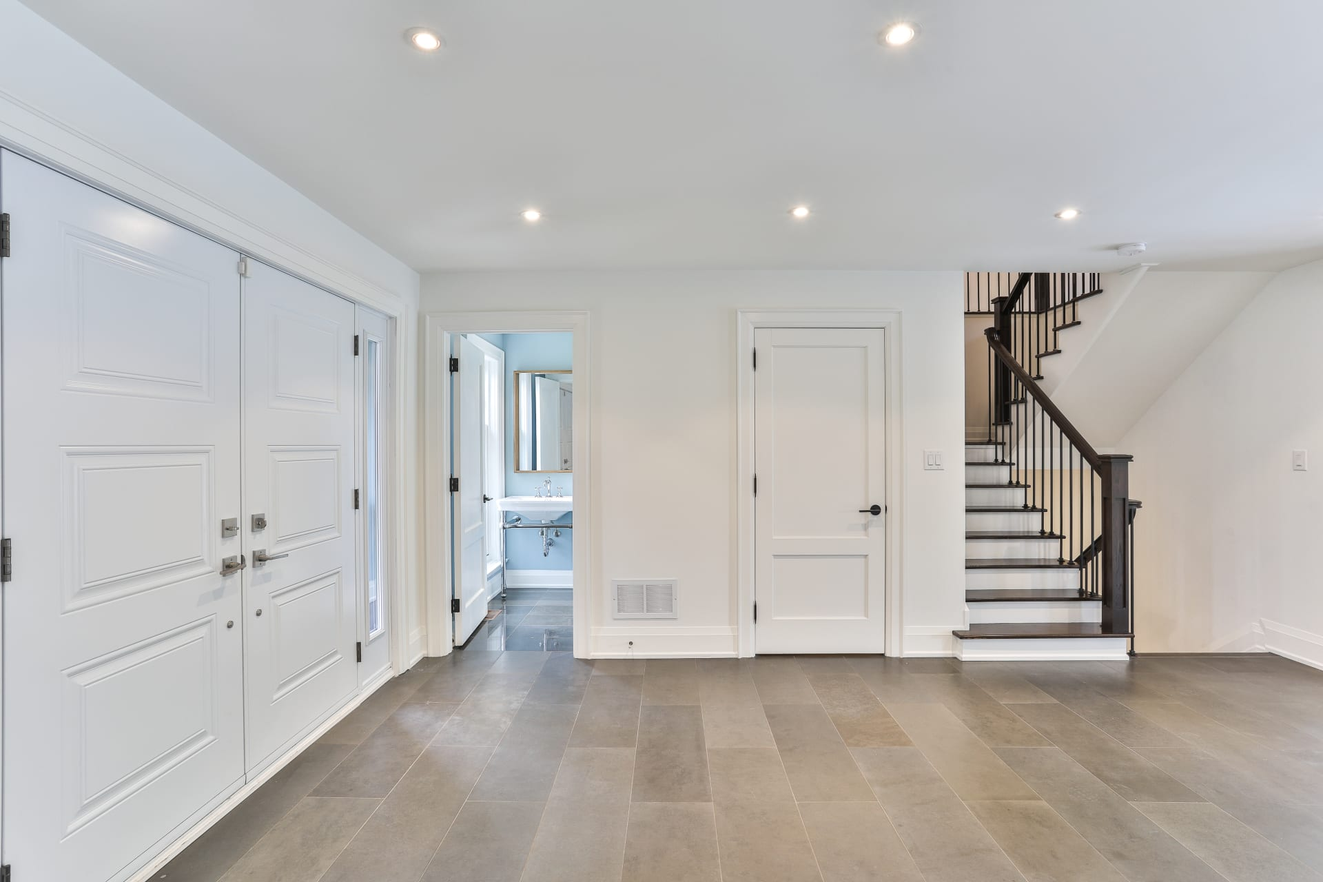 Renovated Family Home On Desirable Denlow Enclave