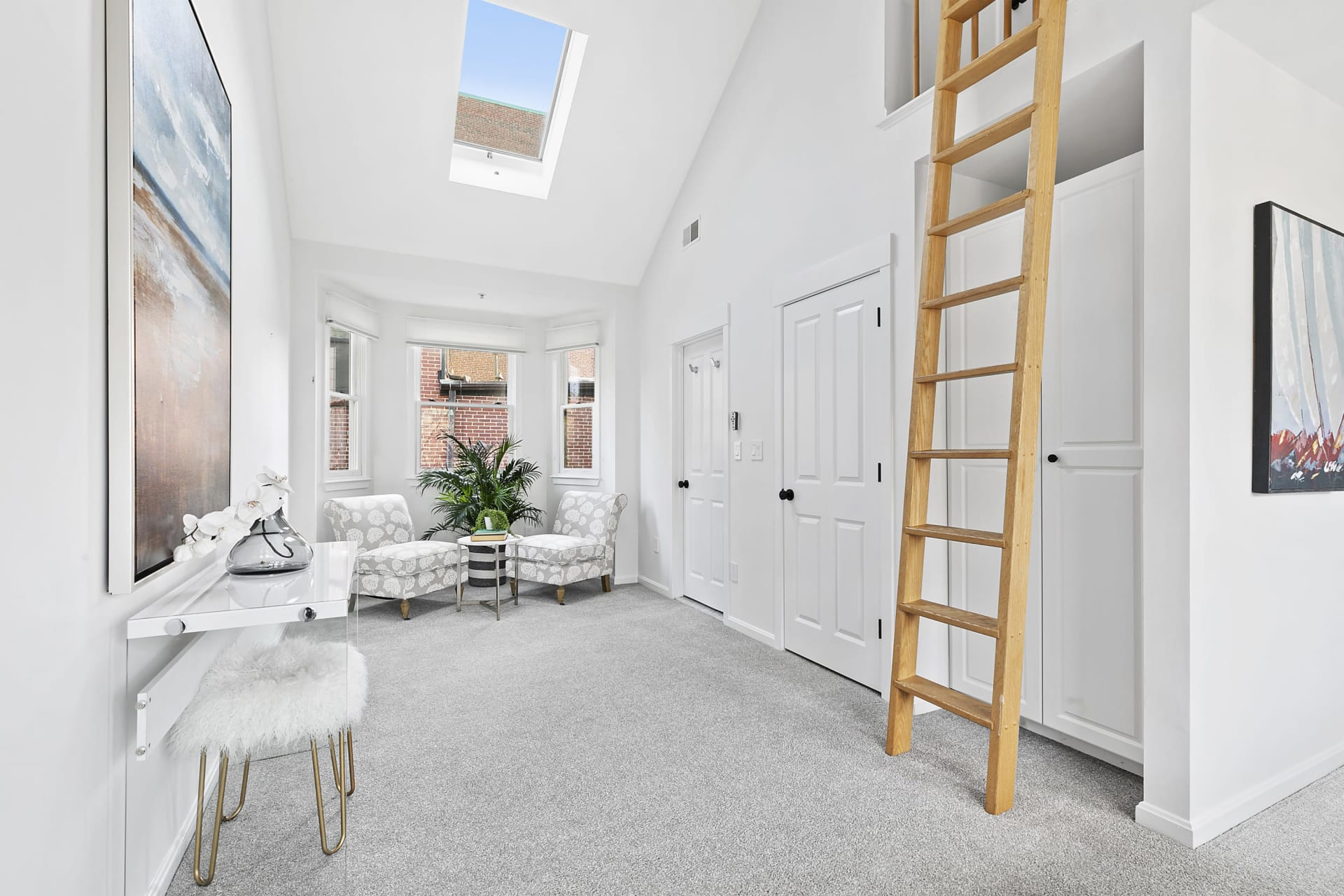 4 Russell  A, Cambridge—Attached Cambridge Townhouse photo