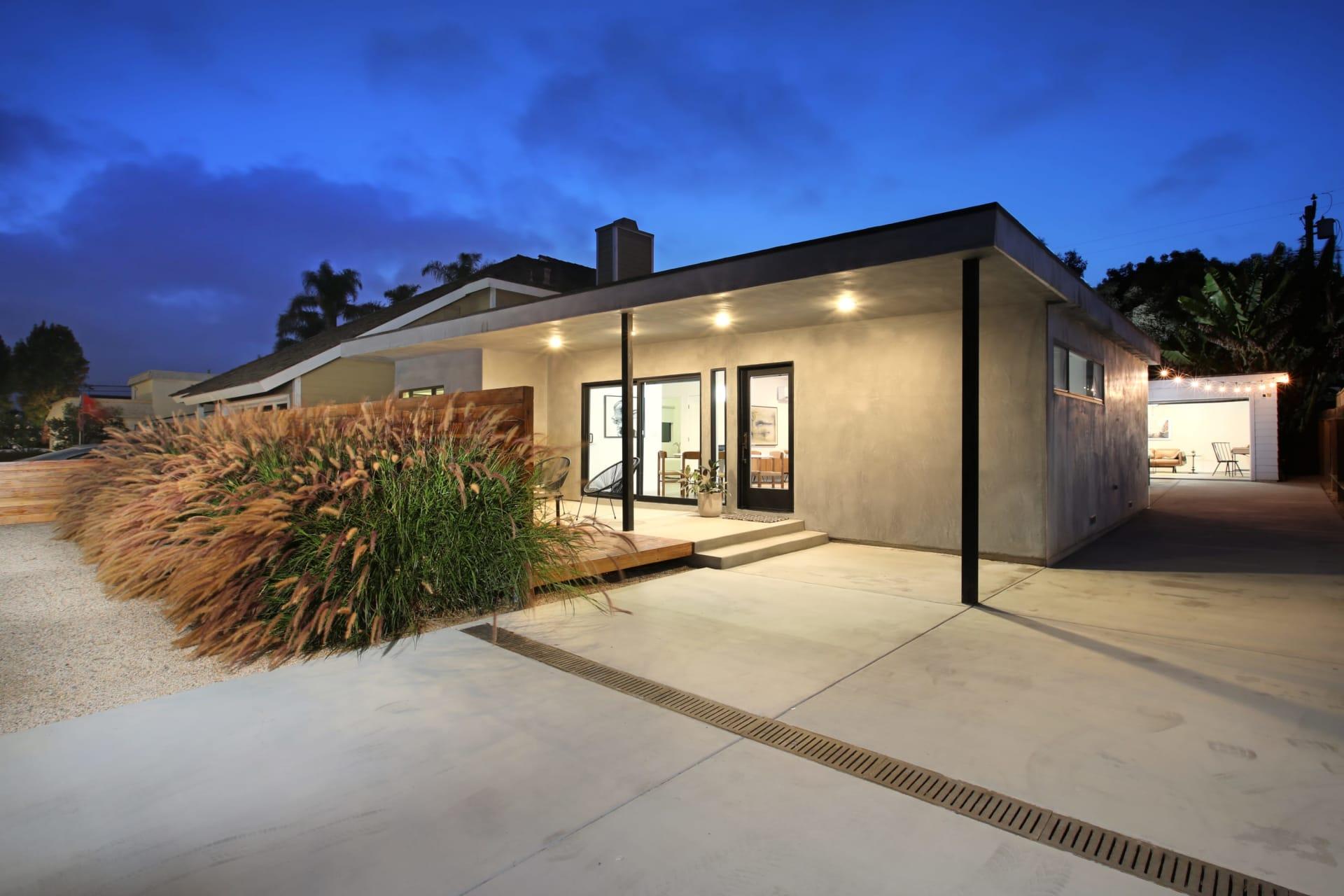 615 Irvine Ave photo
