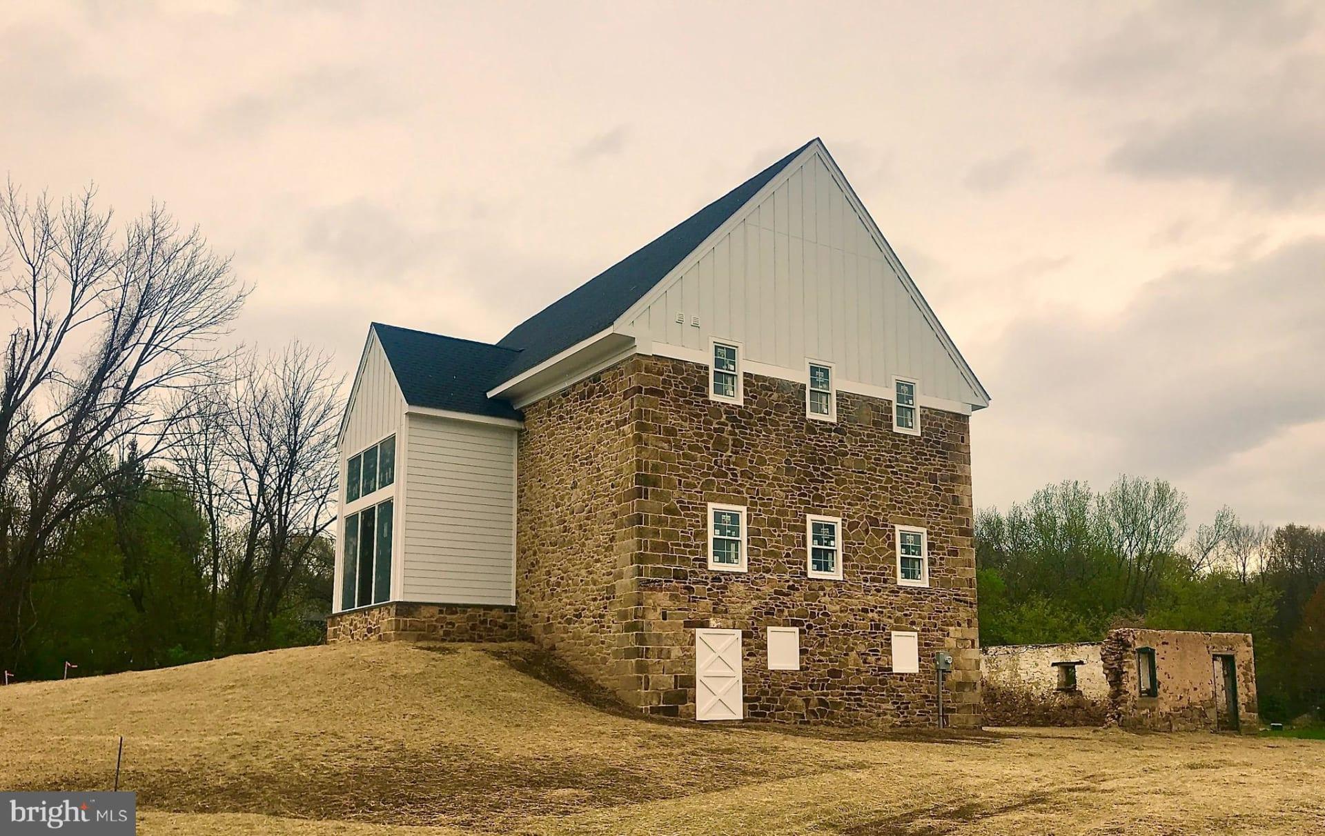 2 Stone Barn Ct photo