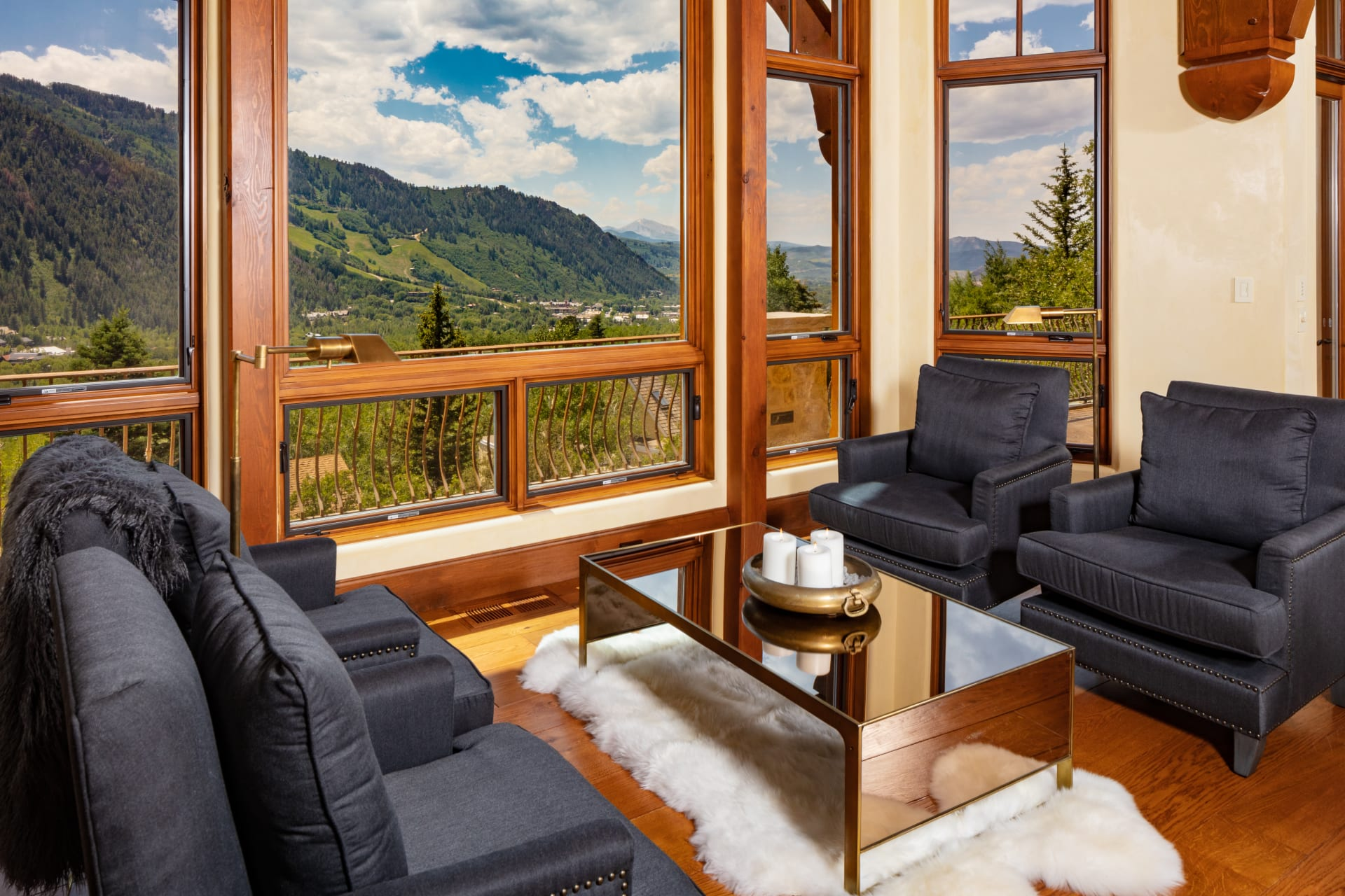 Serene Location with Captivating Views