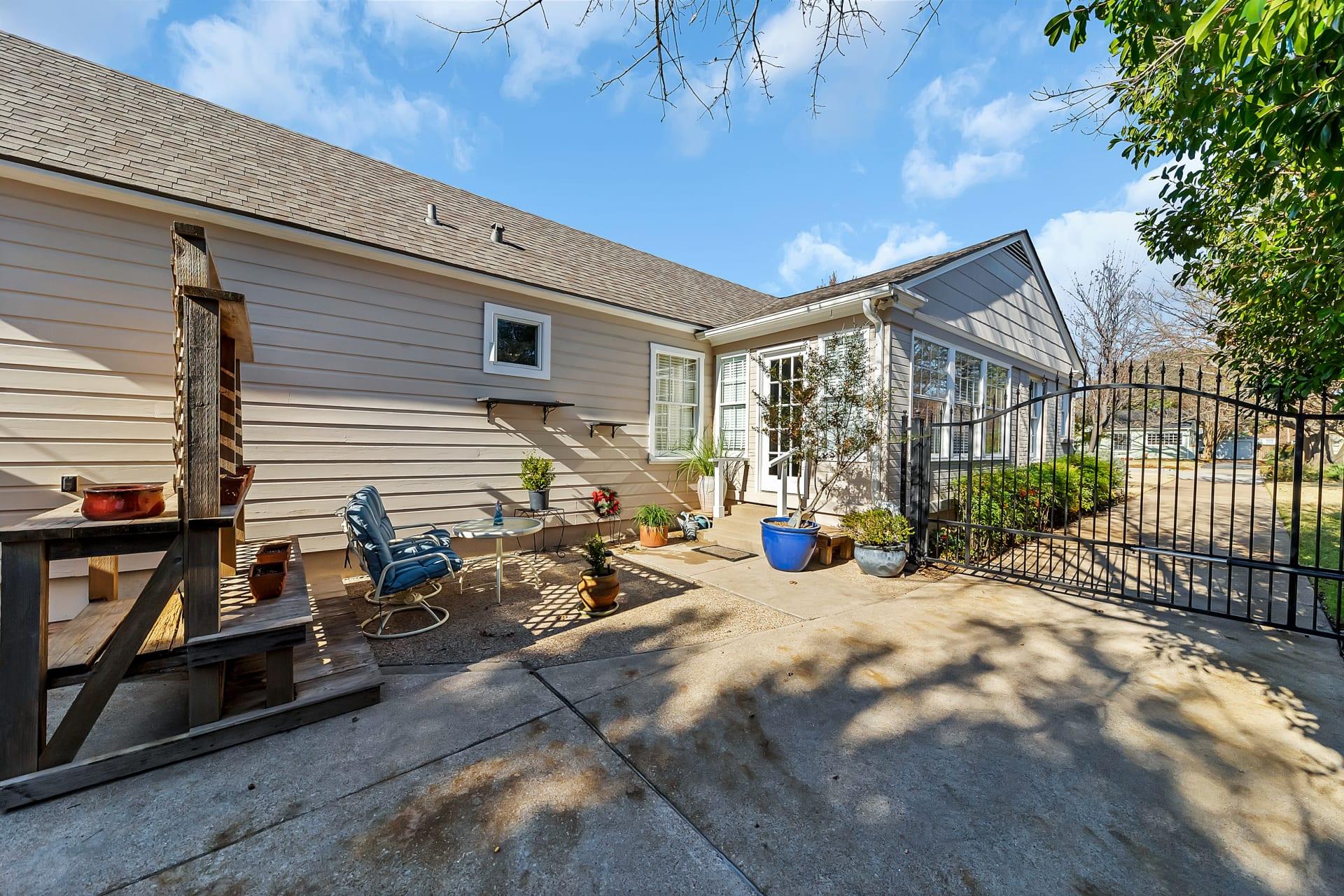 3613 Hilltop Rd photo