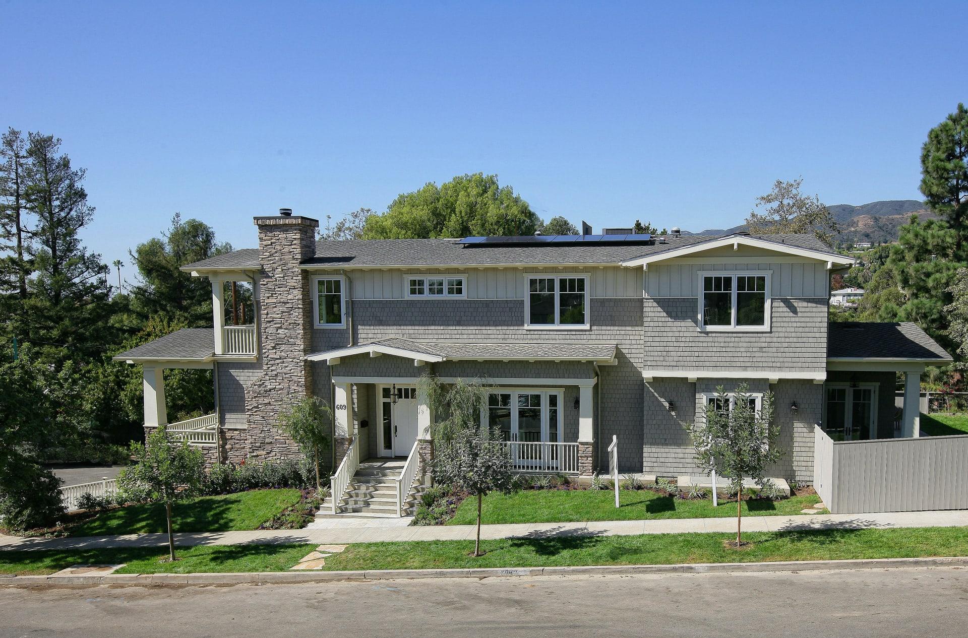 609 Las Lomas Avenue photo
