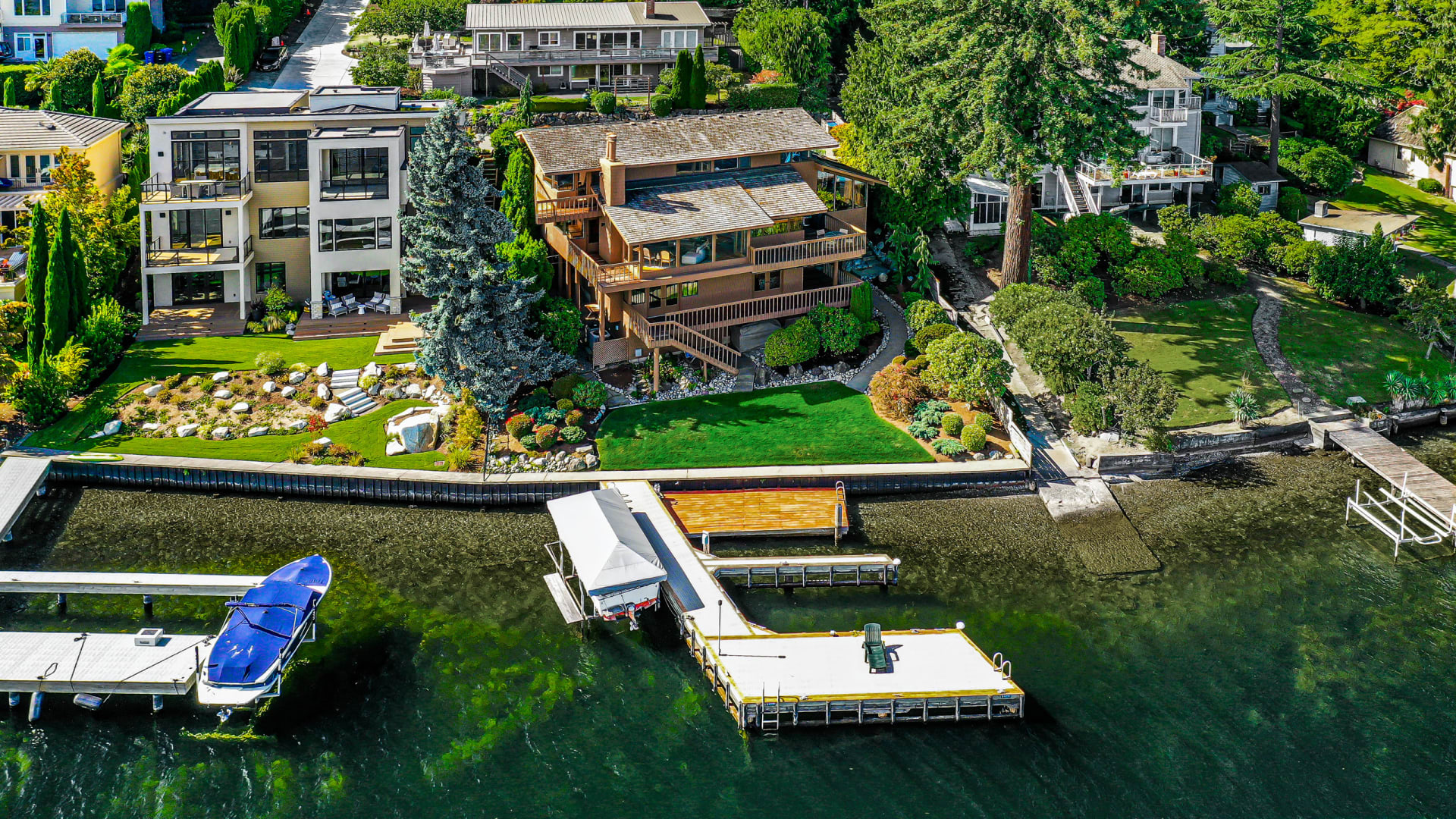 Stunning NW Contemporary Waterfront photo