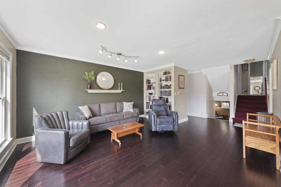 2800 W. Estes Avenue preview